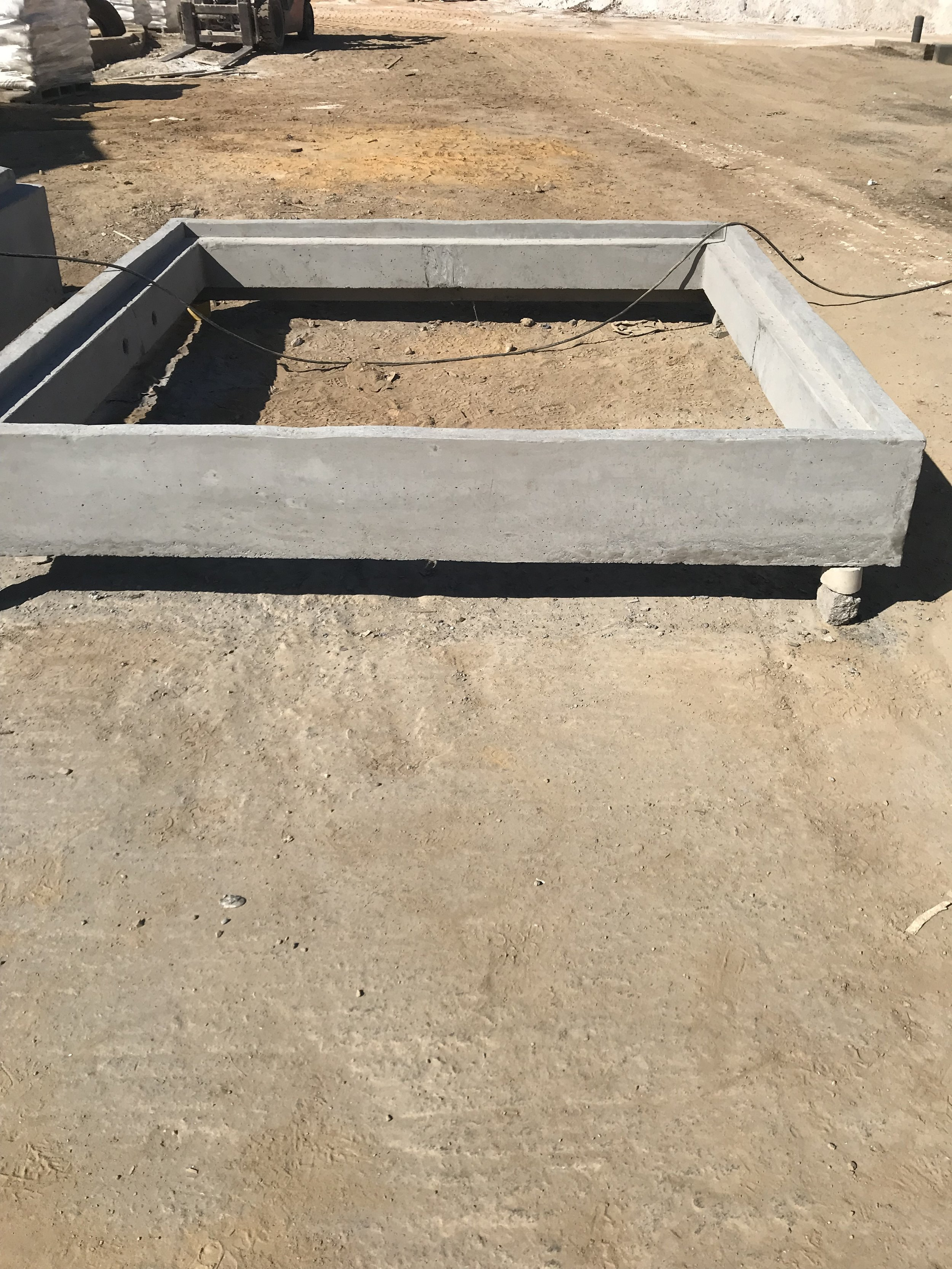 2000 mm ID x 300 Square Manhole Section
