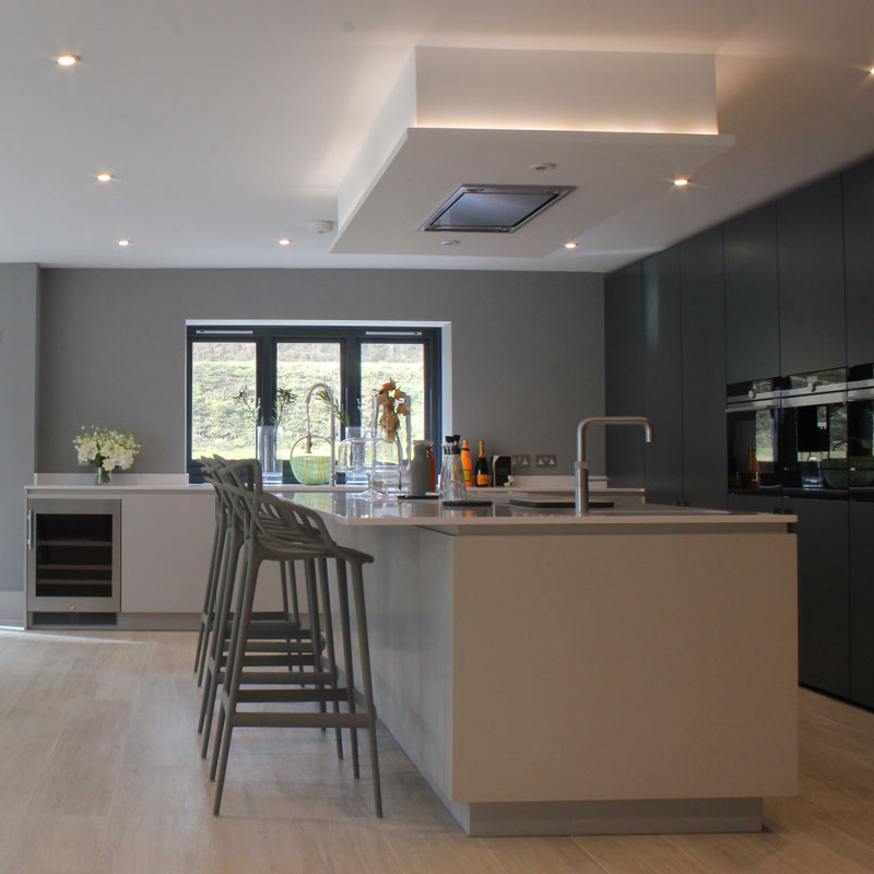 Small, big, modern, classic, grey, brightly coloured or just white, our kitchens are designed exactly how you want them to be.