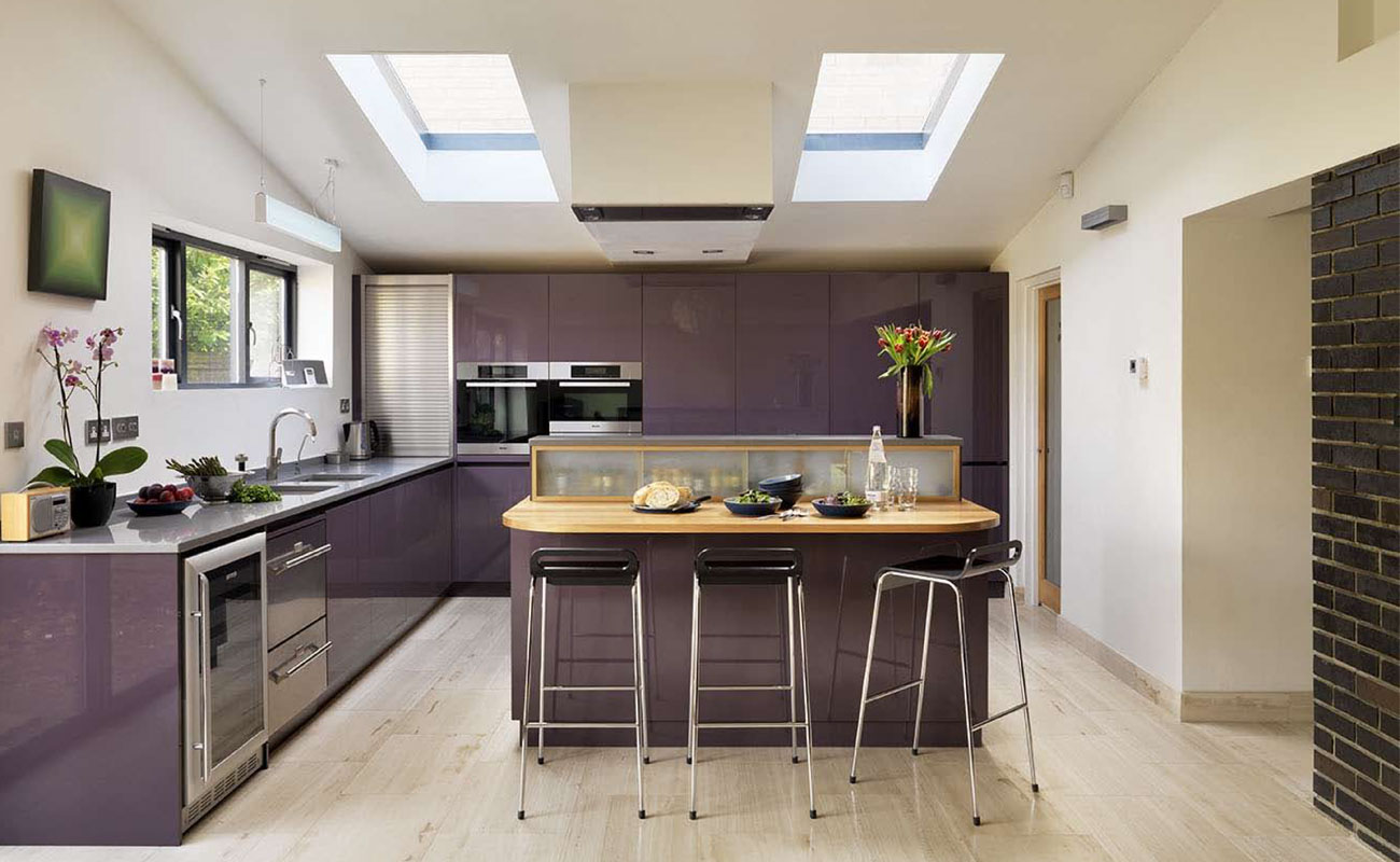 Purple, handleless kitchen, solid oak & quartz worktops