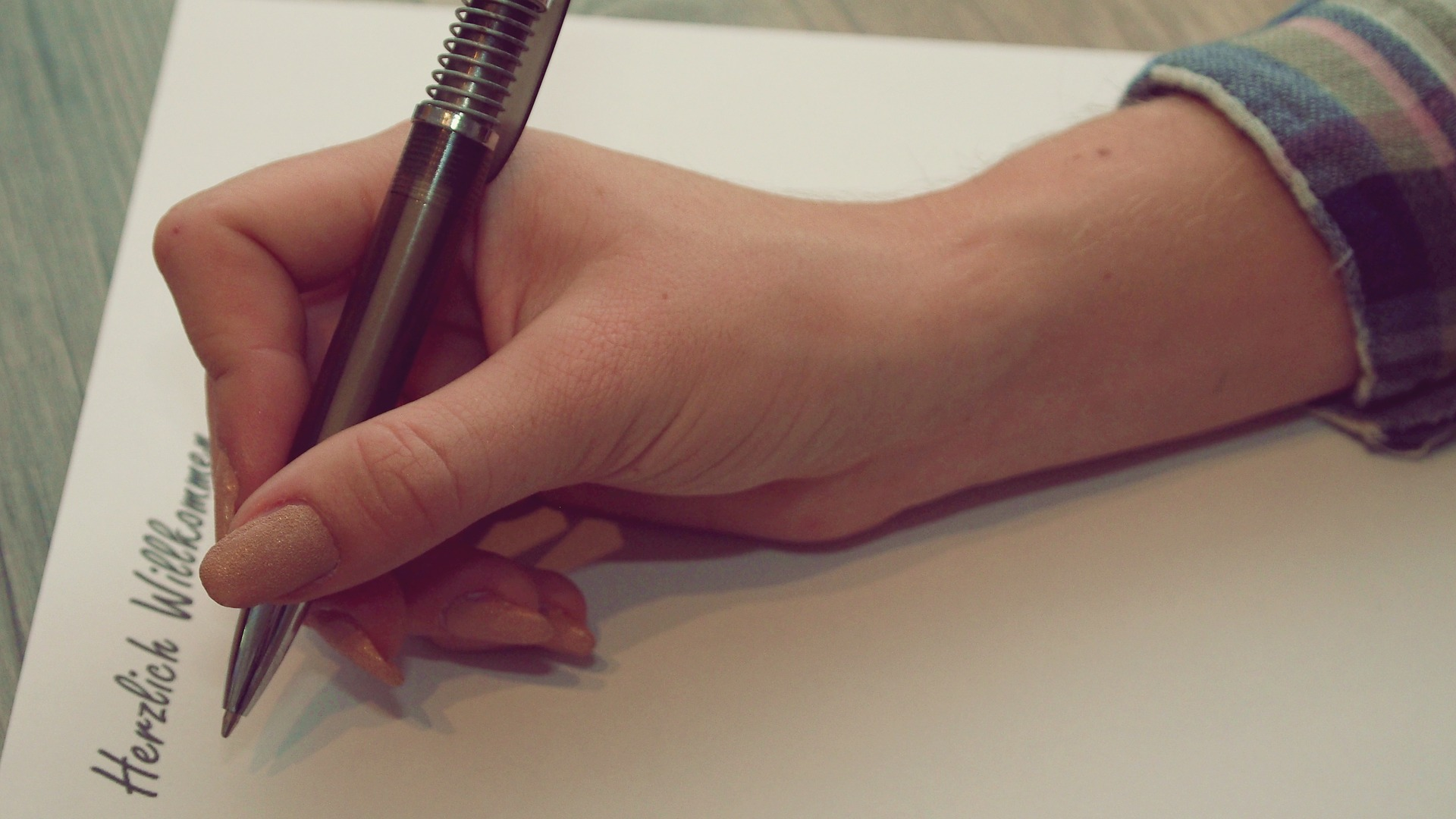 Ein natürlicher Schreibstil und ungestörter Lesefluss sind bei Online-Texten das A & O