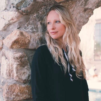 Elena Ollick - Join us in Spring 2019with Elena Ollick, owner of Daily Mom (dailymom.com), and founder of Every Avenue Life (everyavenuelife.com). Elena will lead three Mastermind Sessions during our retreat, as well as offer one-on-one coaching tailored to each woman's Purpose Project. A serial entrepreneur, Elena began her first business at age 16. Focused on amassing as much knowledge as possible, not afraid of failure, she has since owned numerous businesses over the last 15 years, some of which are still active today, some that were successfully sold and others that became learning experiences.