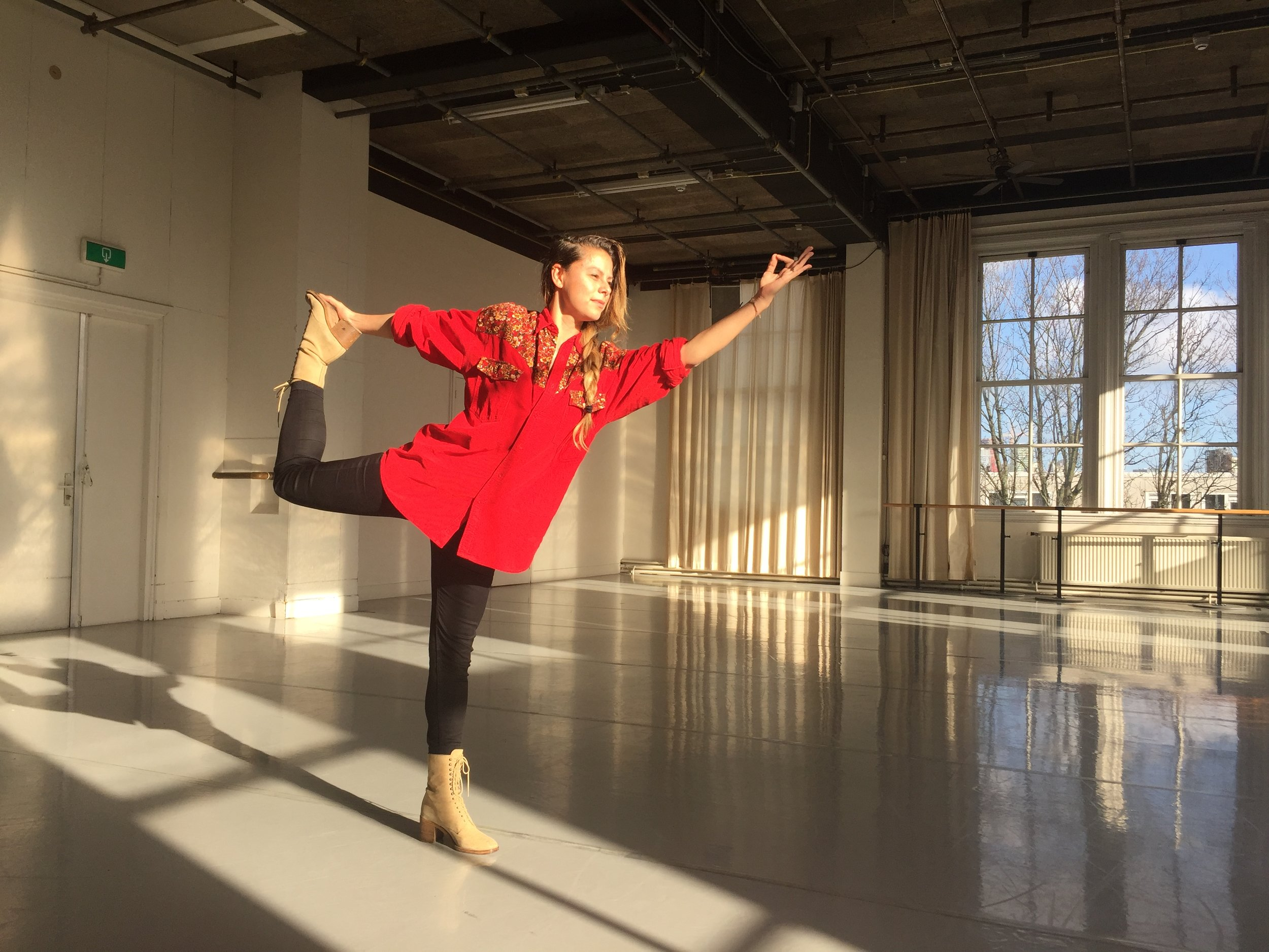 conny-janssen-danst_studio_rotterdam_yoga-for-crowdfunding.png