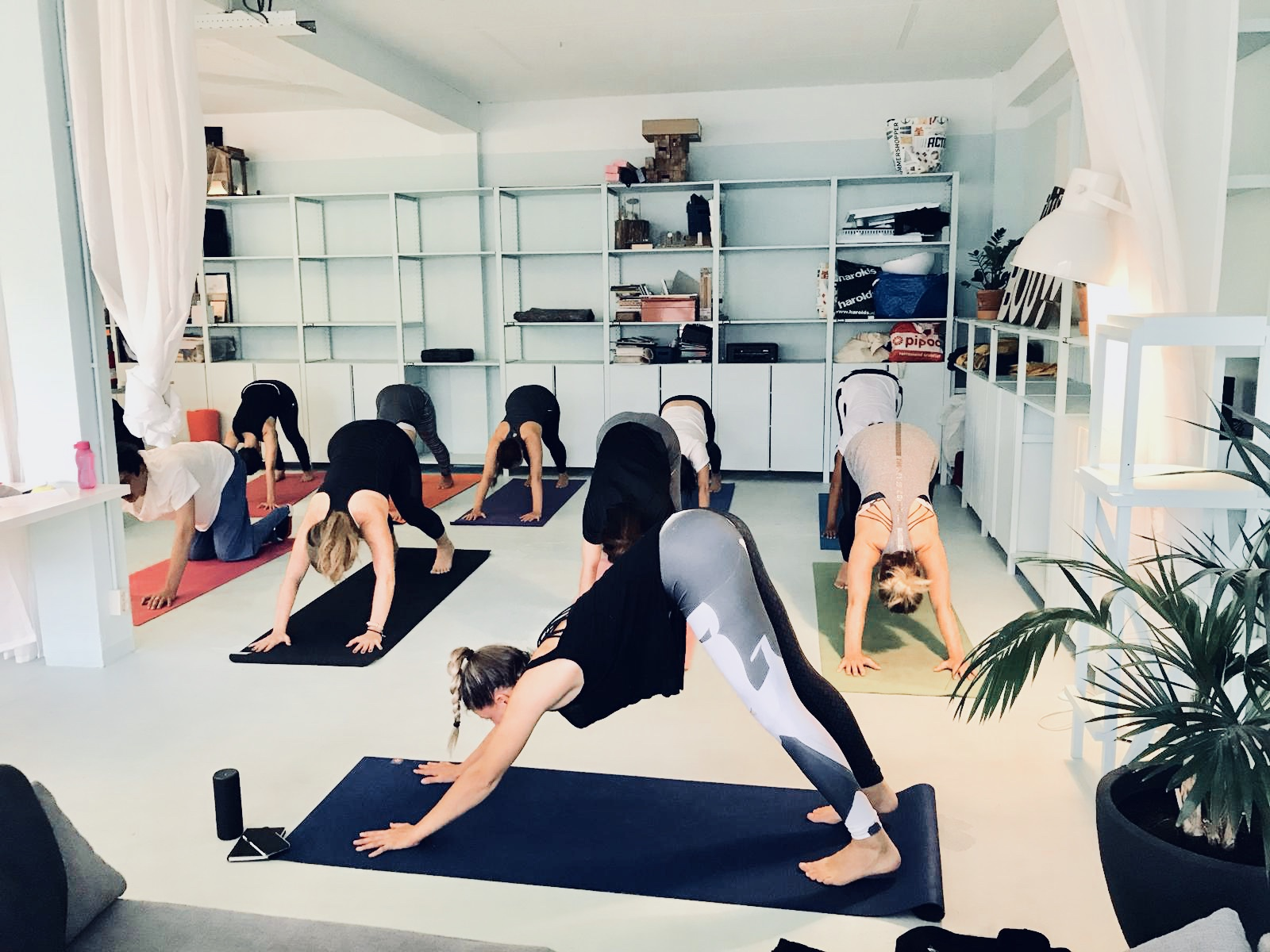 After-work yoga class Rotterdam