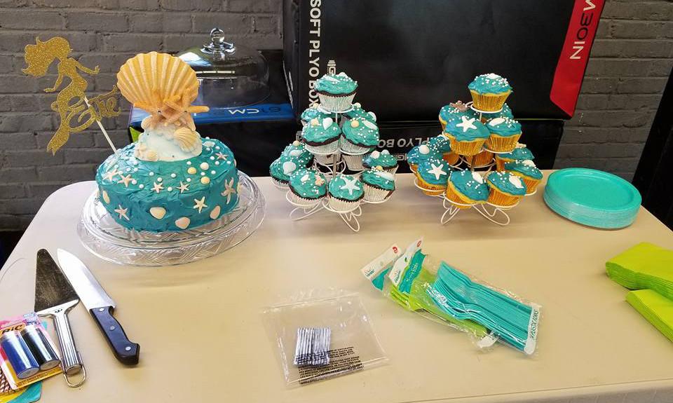 CakeTable.jpg