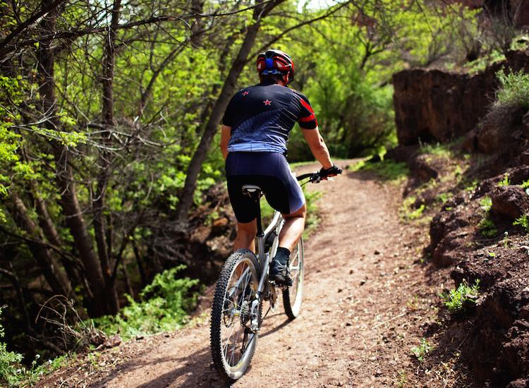 Mountain-Biking_750x550.jpg