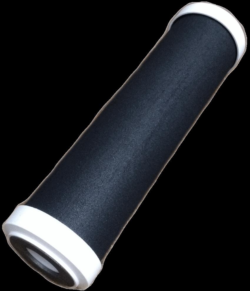 - Le débit optimisé (environ 1 litre d'eau filtré en 10 secondes) octroie un temps de contact suffisant avec le charbon compressé argenté pour lui permettre de retenir les molécules chimiques présentes dans l'eau du réseau.Sa filtration lui permet de proposer une capacité prenant en considération un foyer de 1 à 5 personnes pour une consommation annuelle en eau dans les utilisations courantes de la cuisine (boissons et préparations culinaires, lavage des légumes). Ce qui peut représenter jusqu'à 5000 litres d'eau sur une année.Il est indispensable de remplacer la cartouche tous les ans pour 37€ seulement.