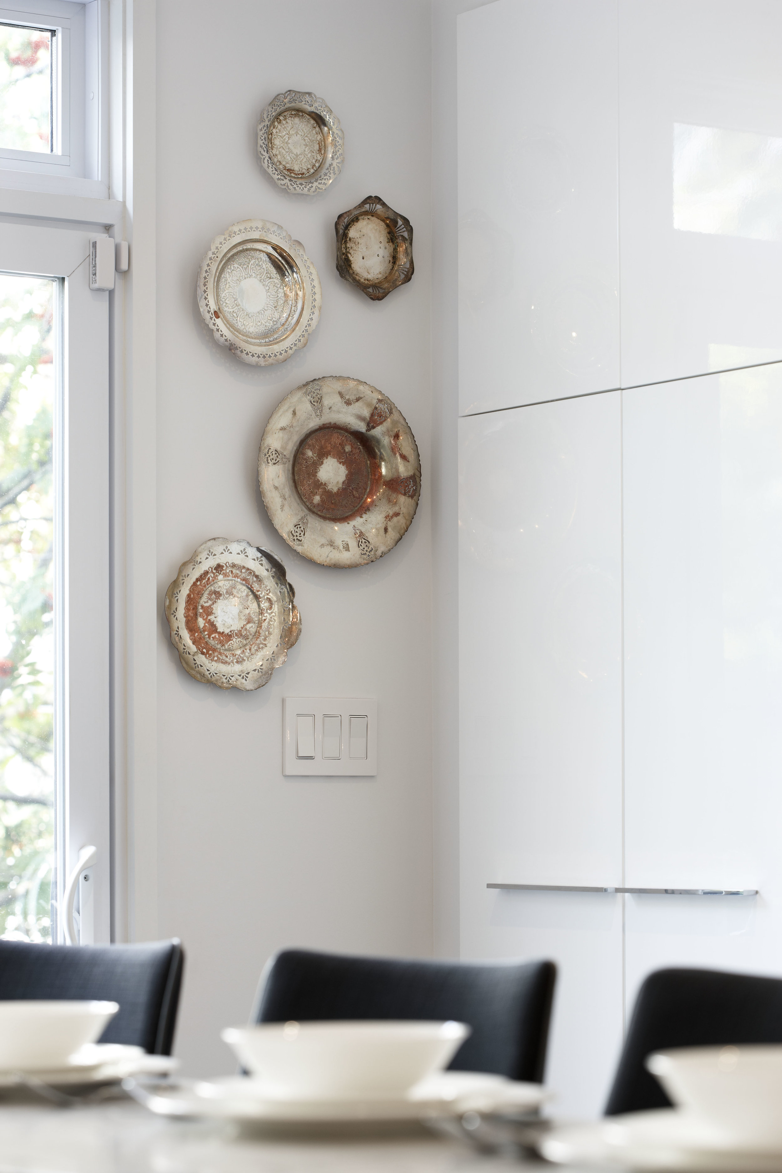 kitchen-gallery-wall