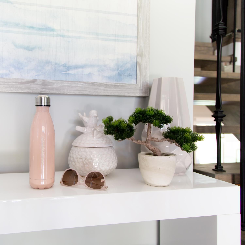 white-home-decor-accessories