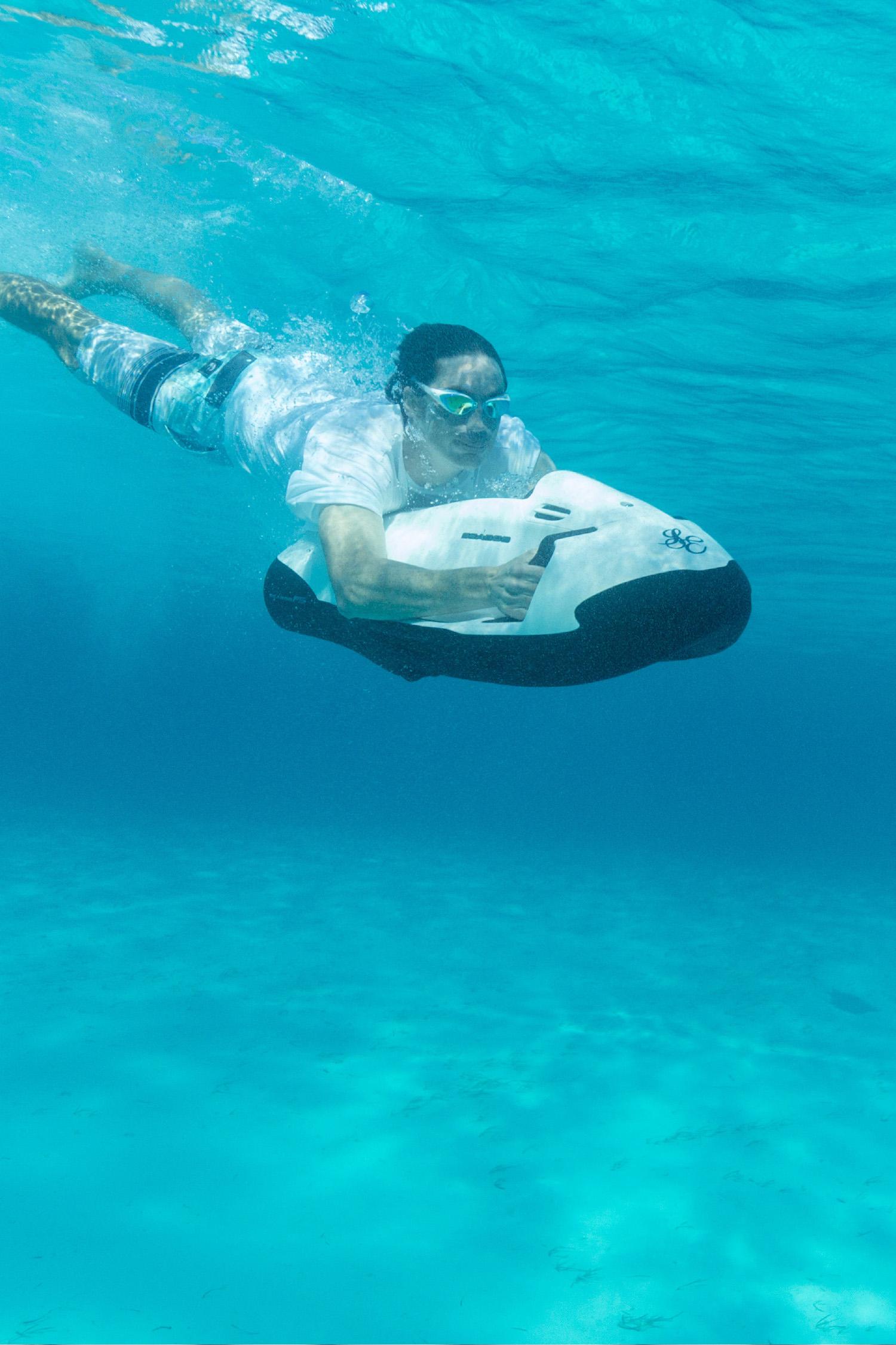 Charter-Sweet-Escape-Seabob-Underwater.jpg