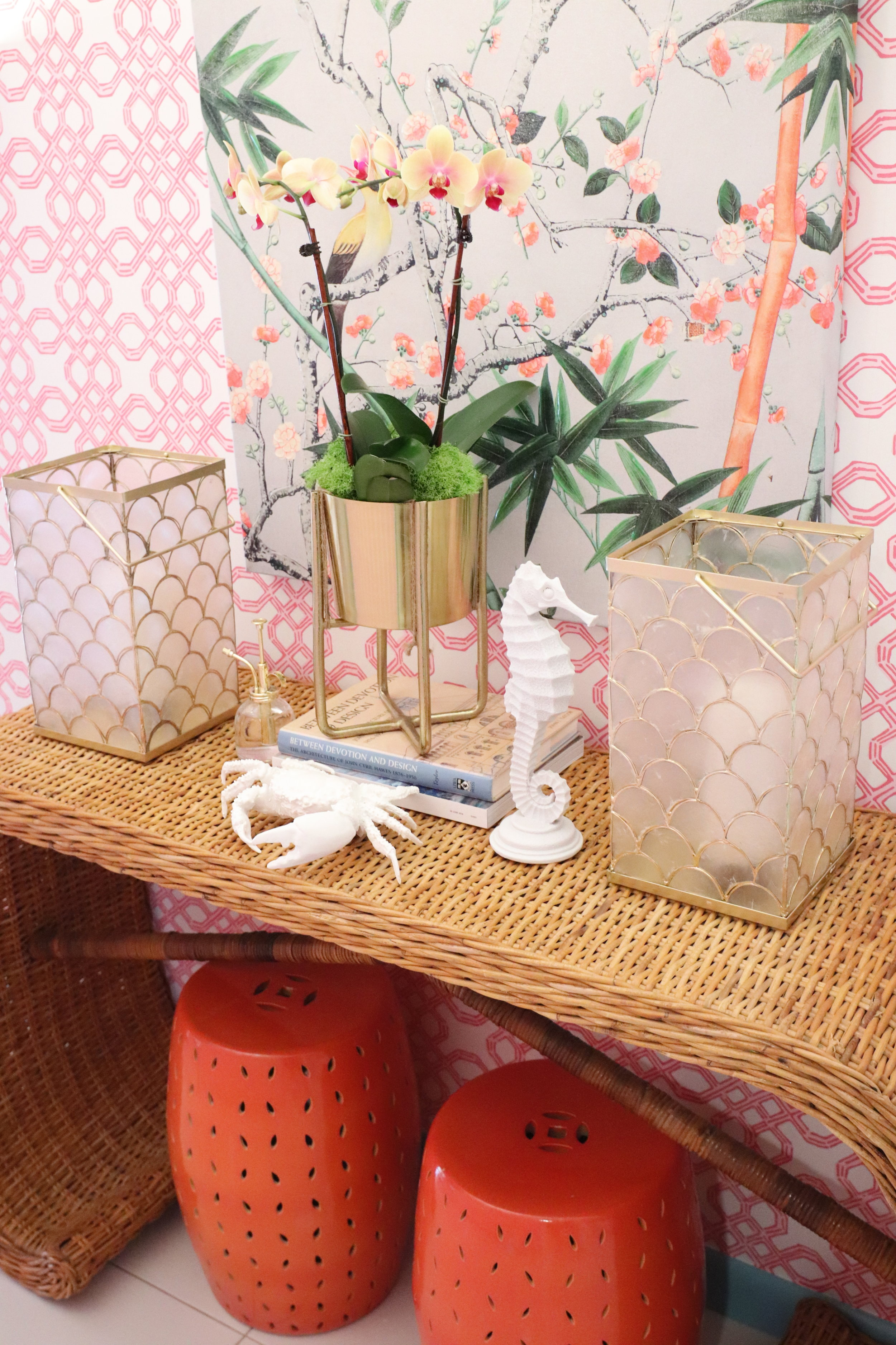 sweet-escape-cottage-paradise-island-lily-pulitzer-vignette-potterybatn-lantern