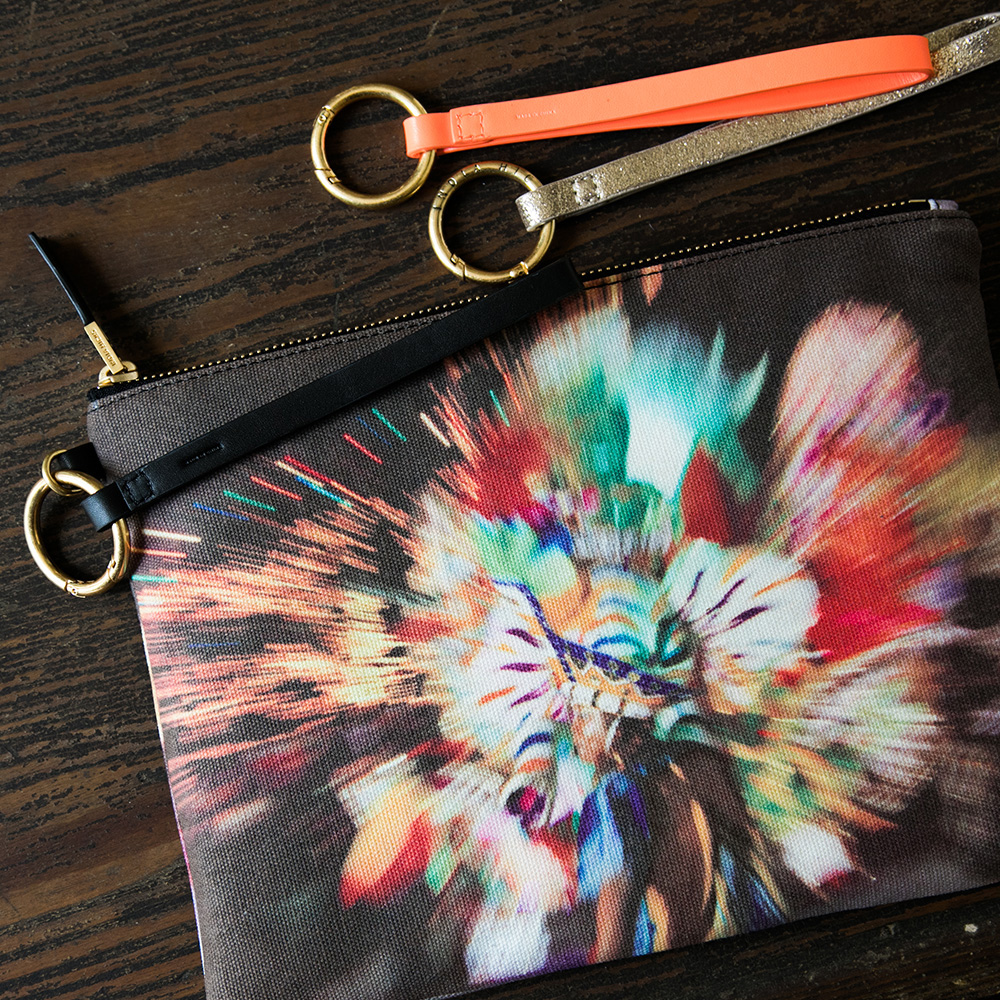 Inspired by the music, dancing and sheer fun of Junkanoo,  IndiaHicks.com 's newest Insta Pouch captures it all in a lightning fast snap.