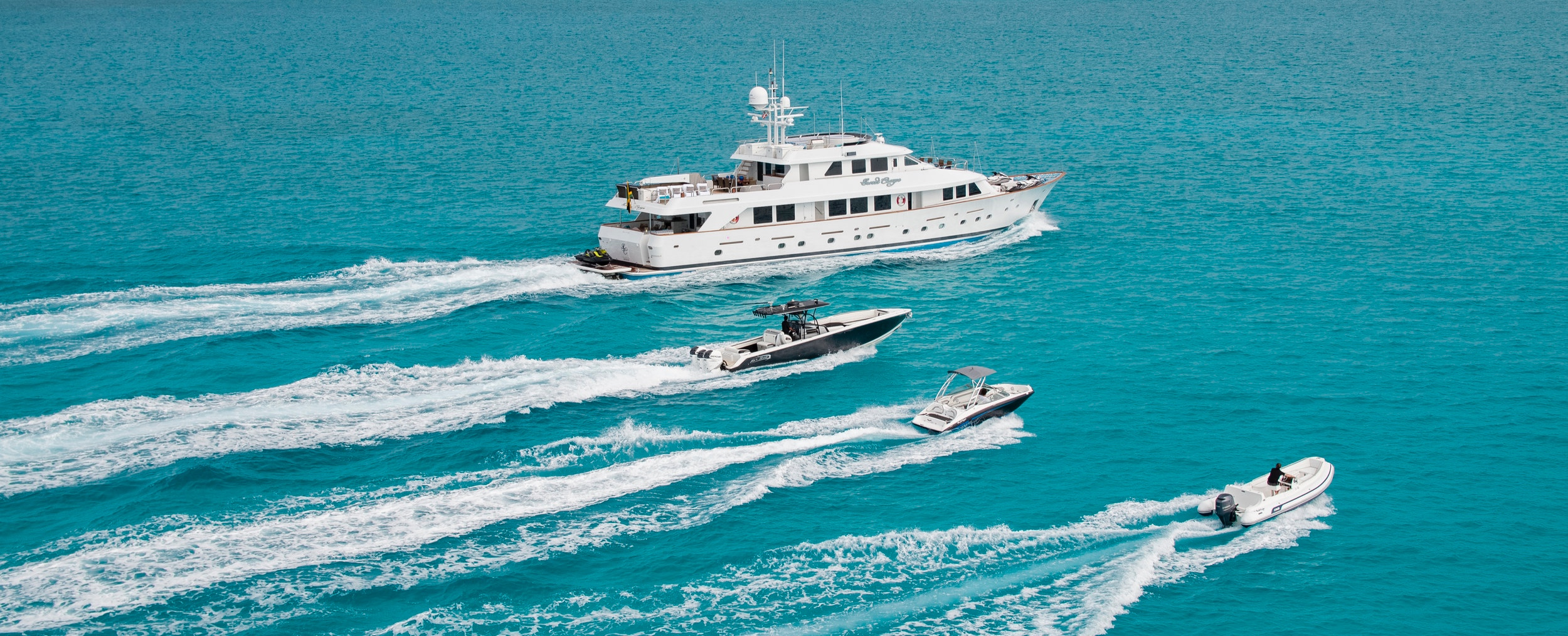 yacht-sweet-escape-tenders-in-tow-charter-toys-nortech-AB-AR190