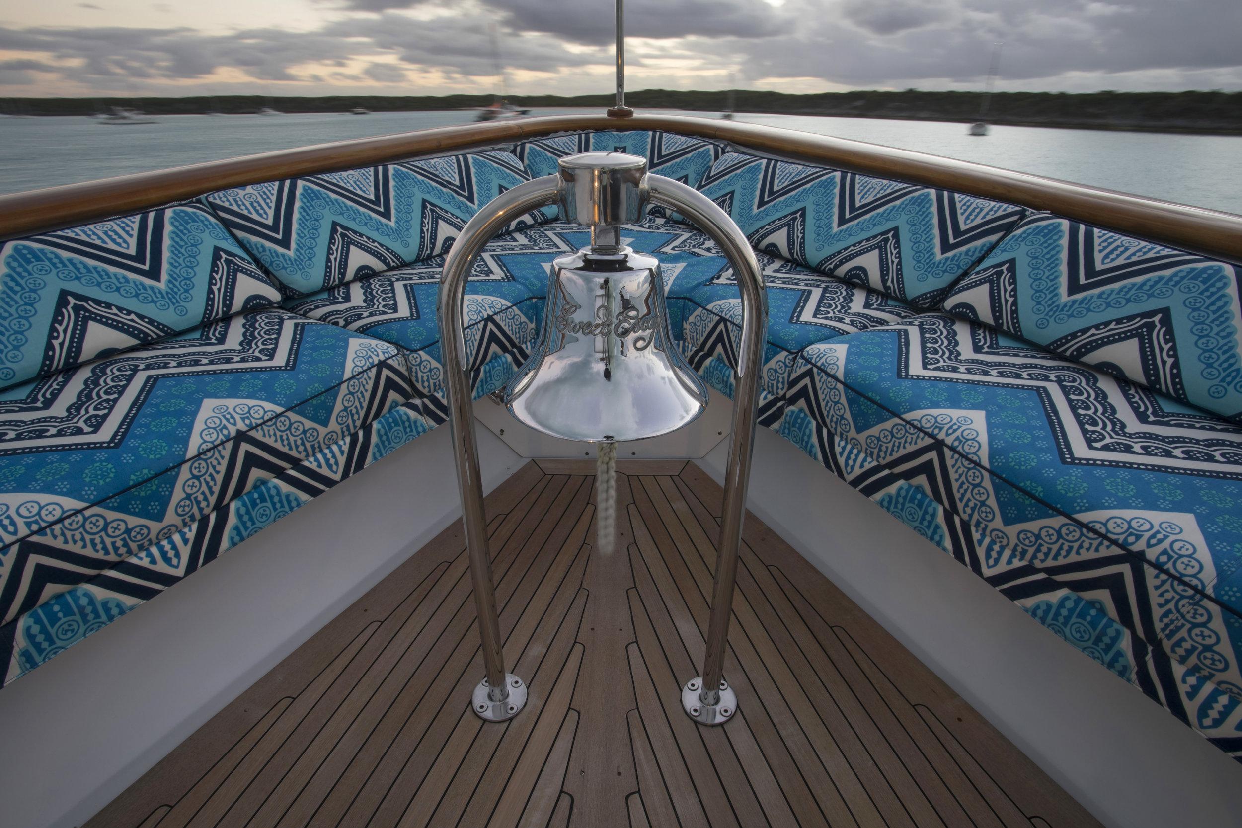 sweet-escape-fog-bell-yacht