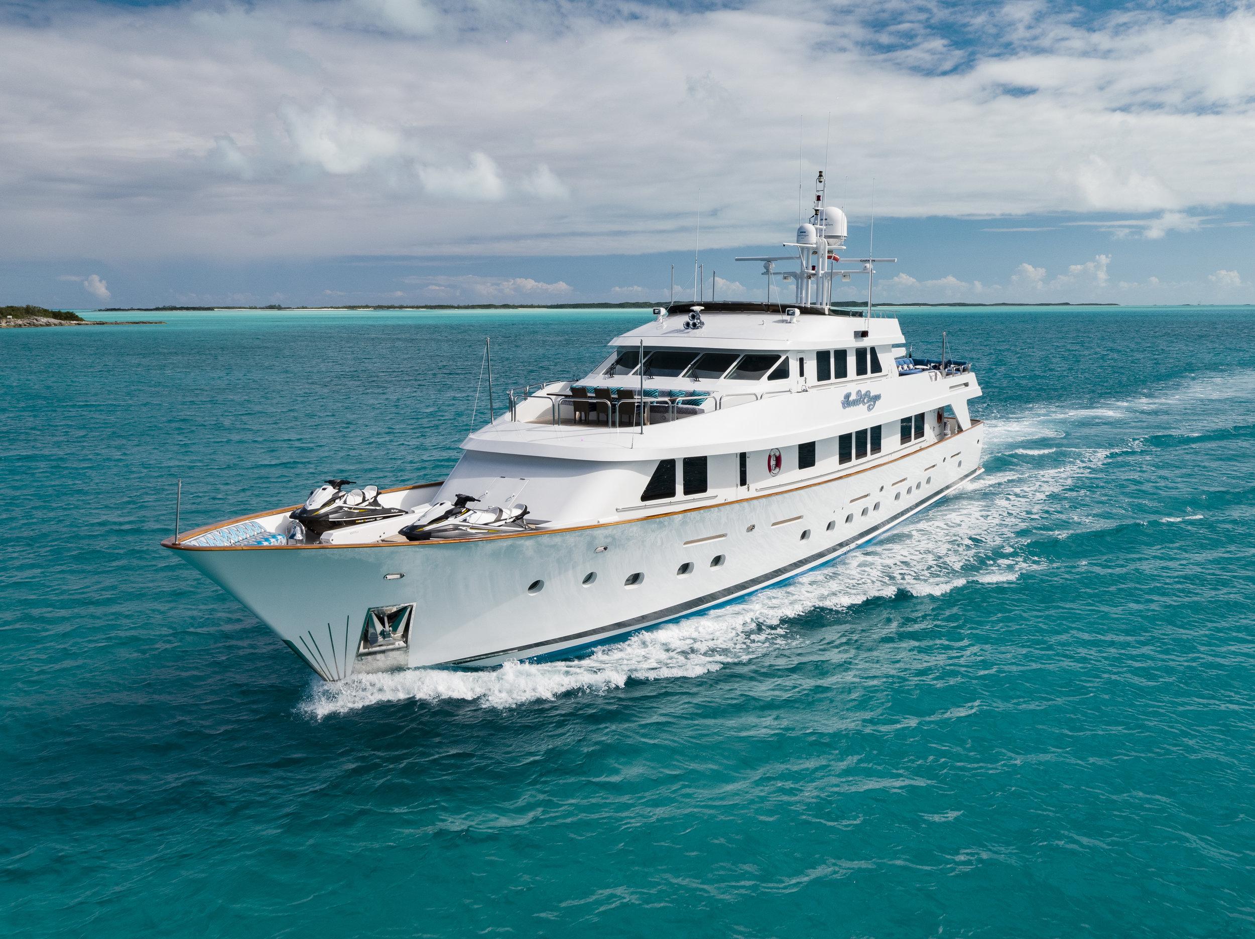 yacht-sweet-escape-charter-refit