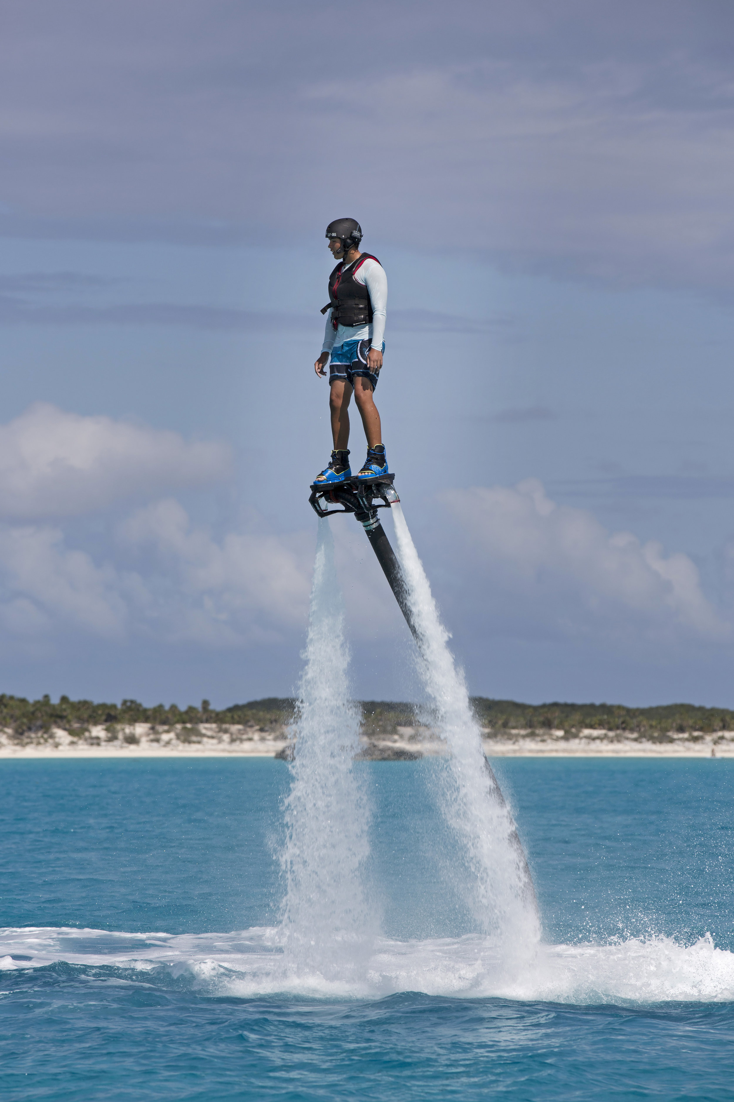 Exuma-charter-yacht0-sweet-escape-sandbar-sand-bank-bahamas-swimming-pigs-flyboard