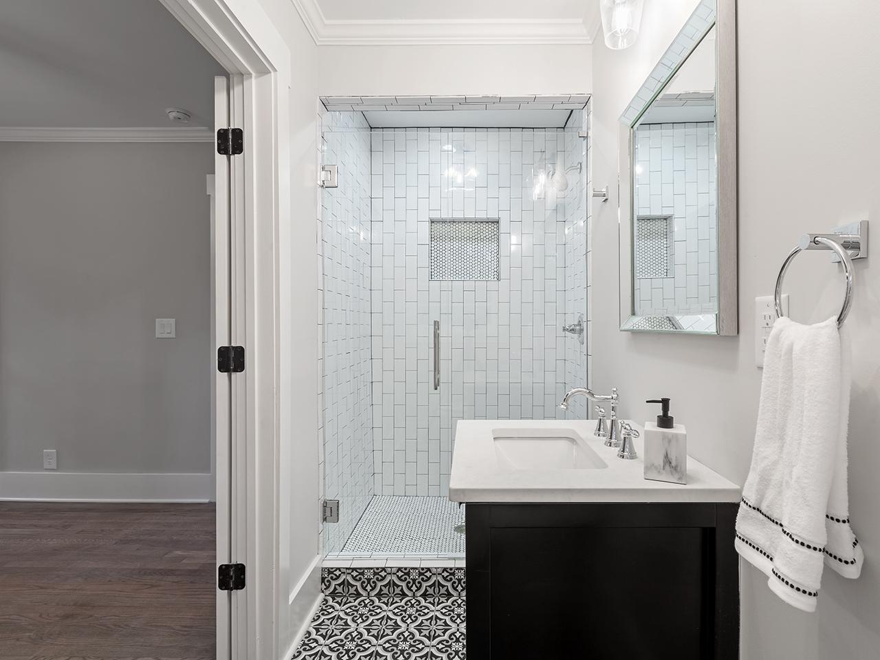 Bed 3.2 Bath 2.jpg