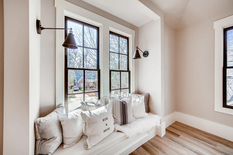 2724 Tupelo St SE Atlanta GA-large-016-29-Master Bedroom-1500x1000-72dpi.jpg