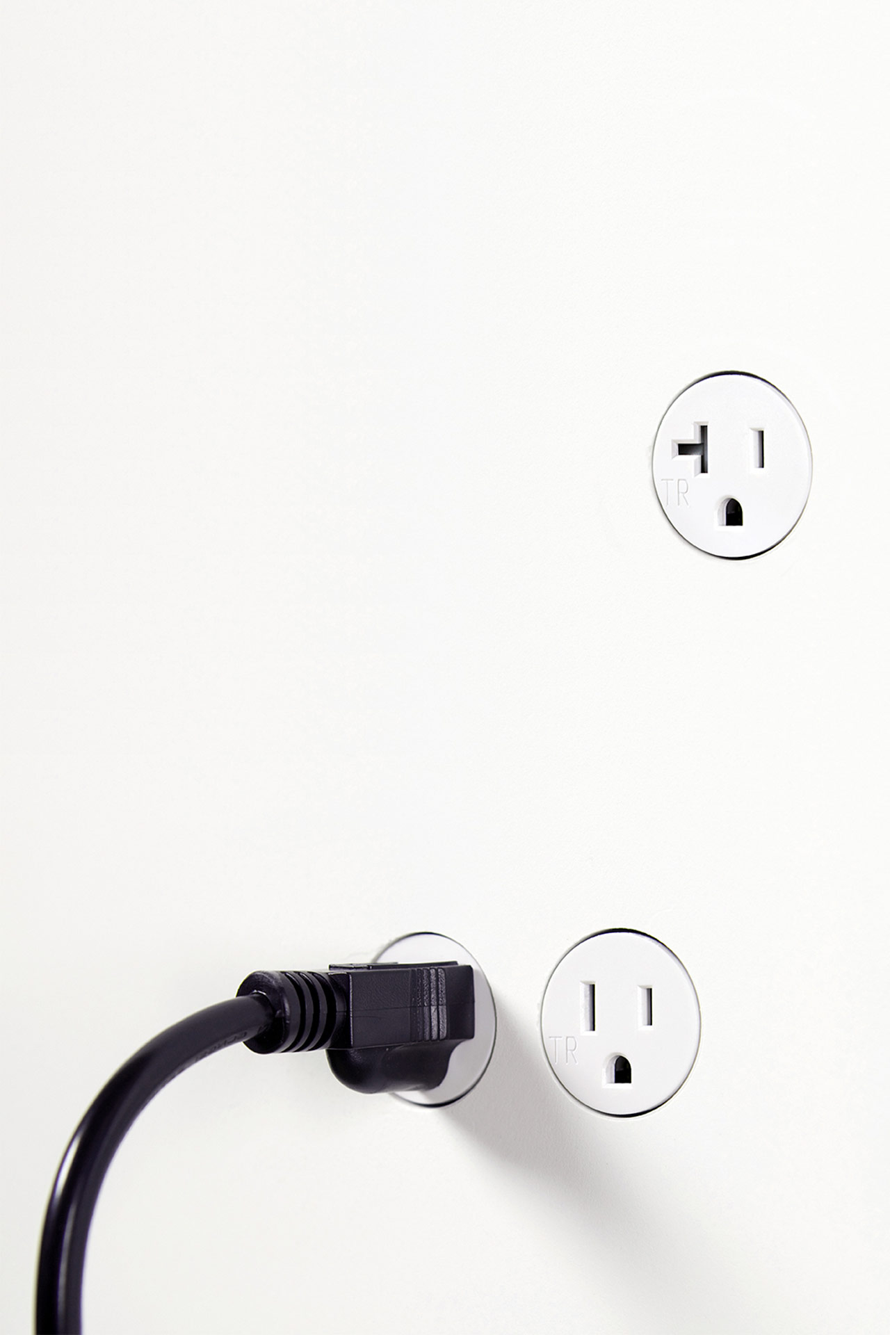 BOCCI22 MINIMALIST ELECTRICAL ACCESS.