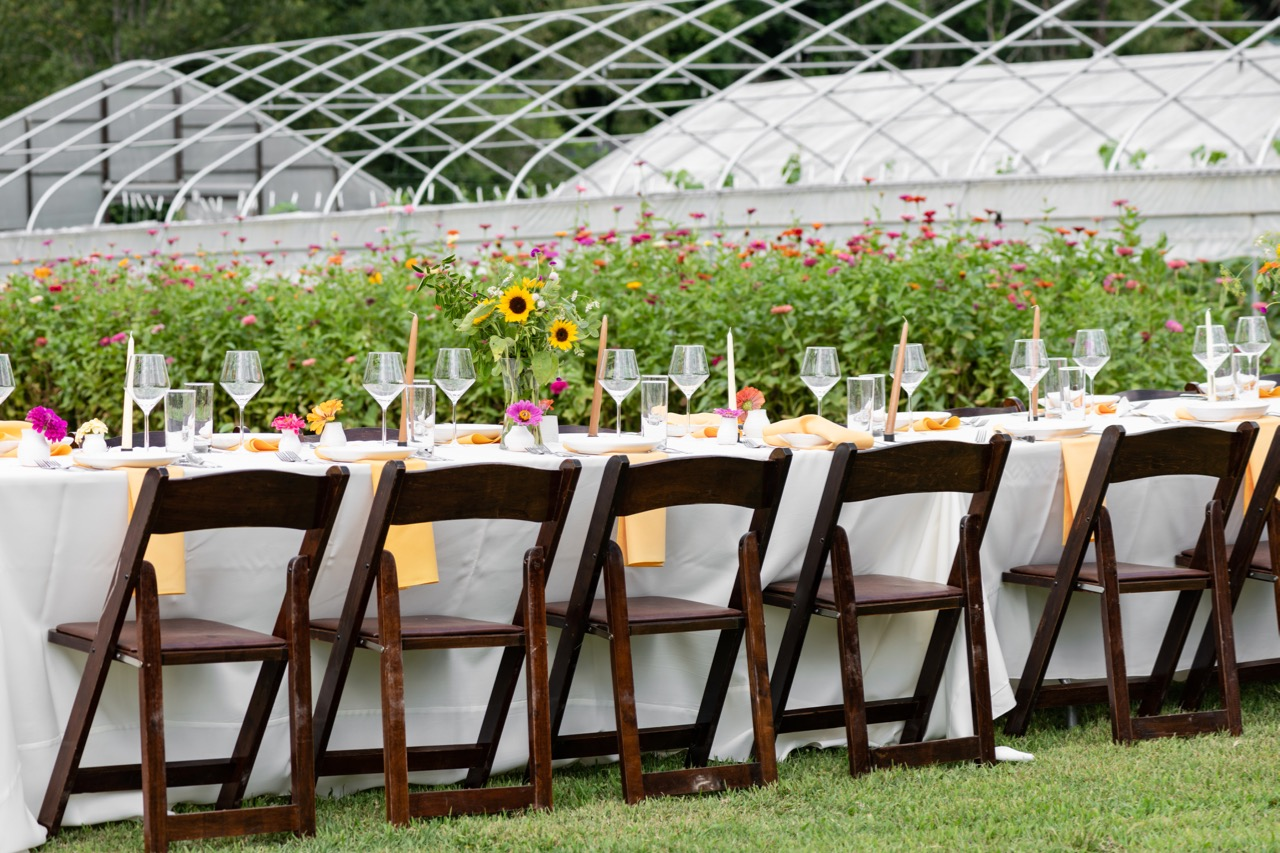 Table_Zinnias_Turnbull_Creek_Farm.jpg