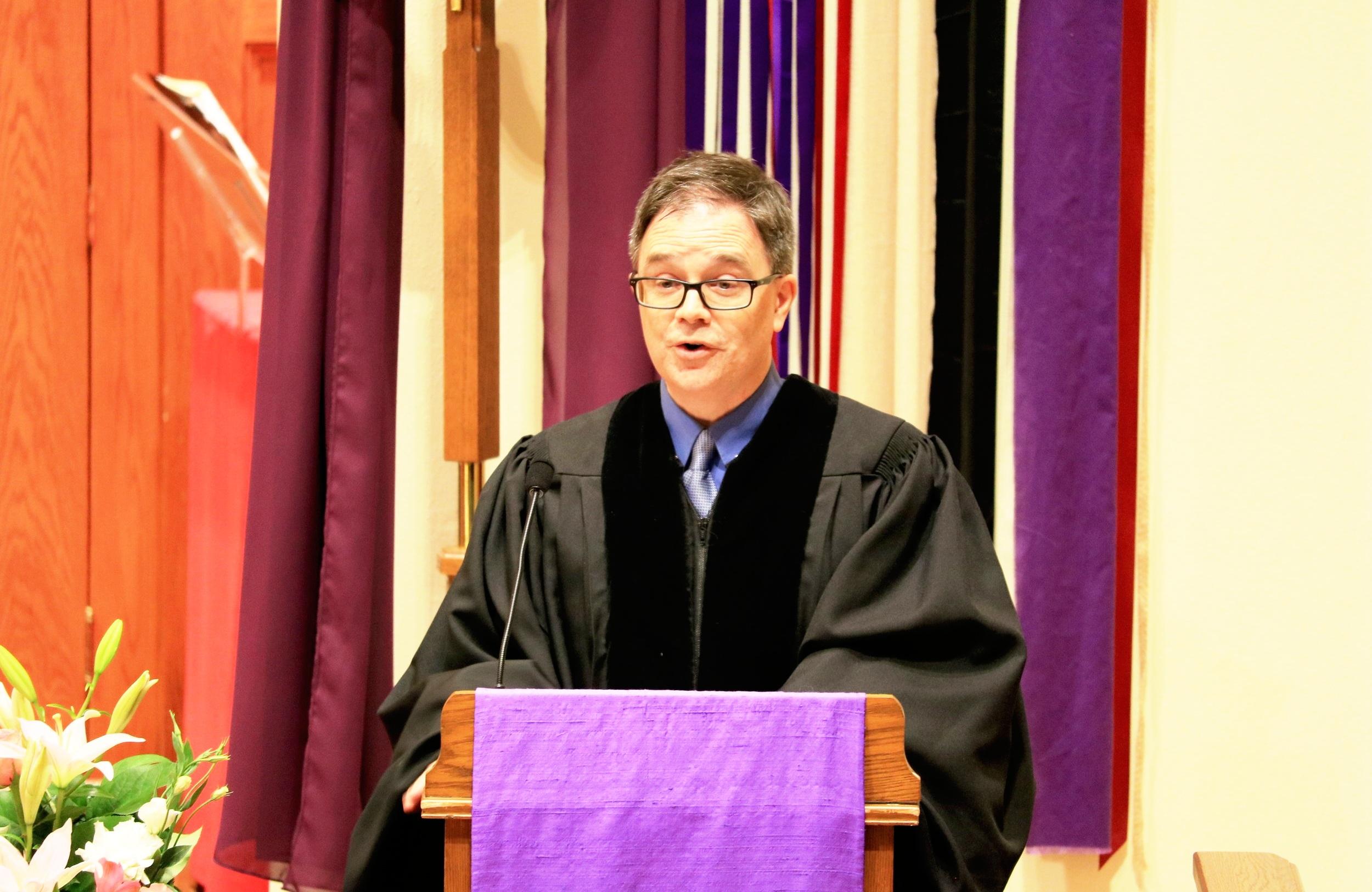 Jay Rowland preaching.JPG