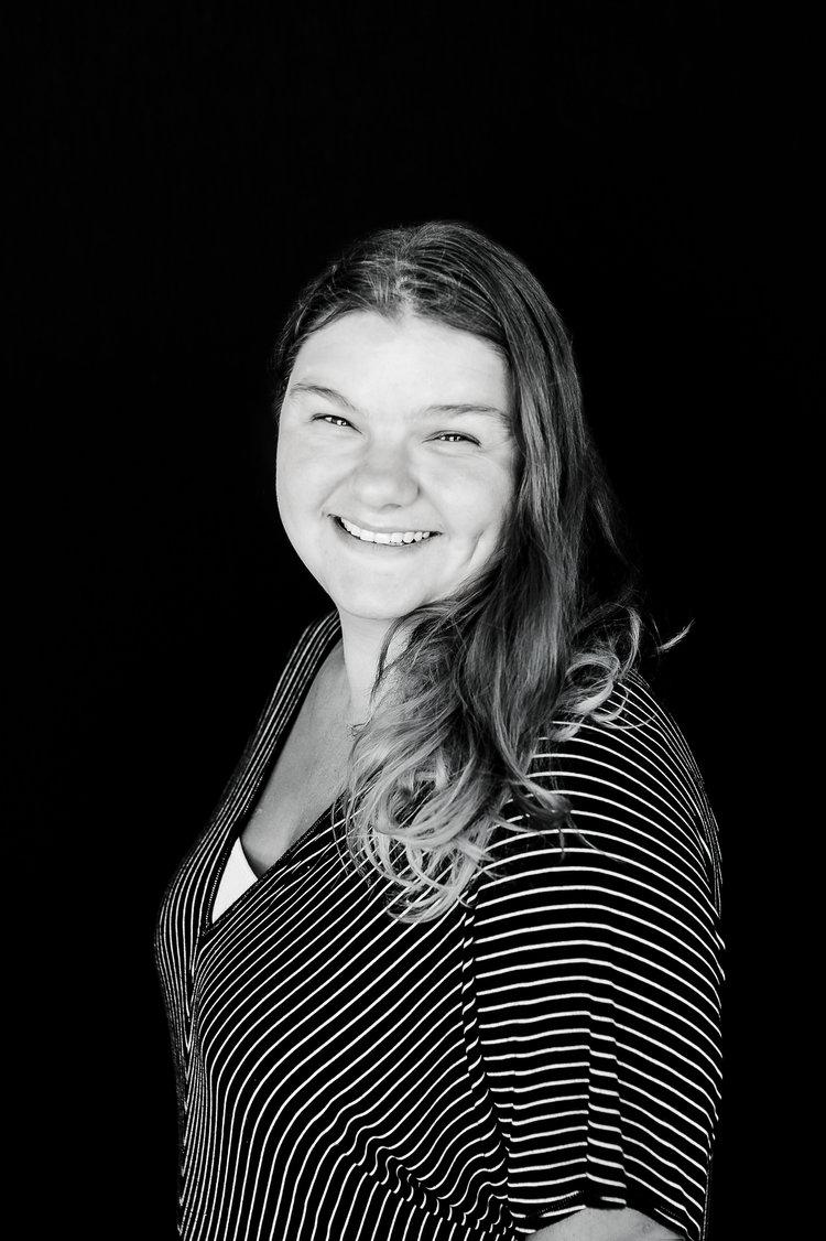 Courtney Johnson, Etoile Office Manager