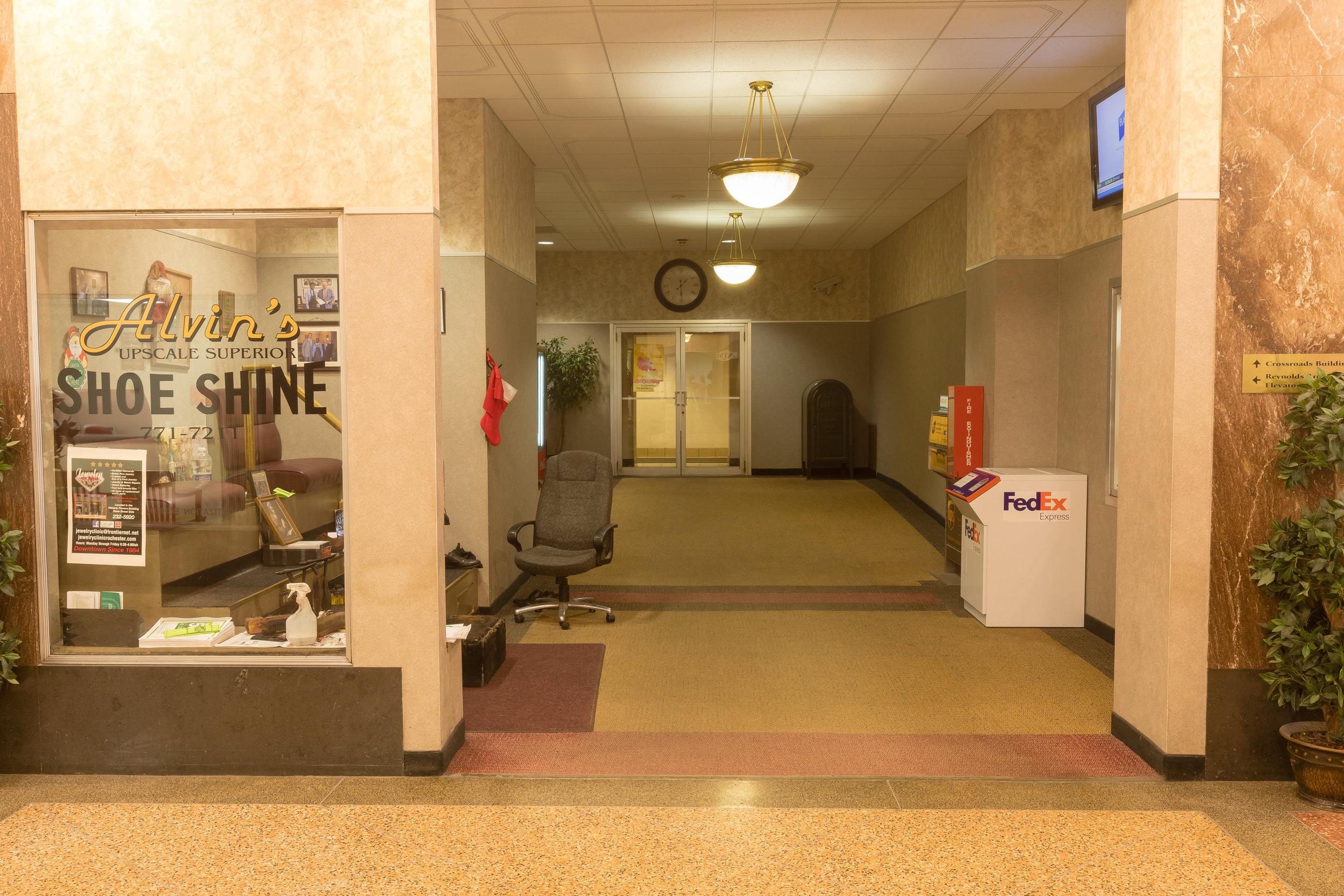 The CrossRoads Building is a convenient space your business.