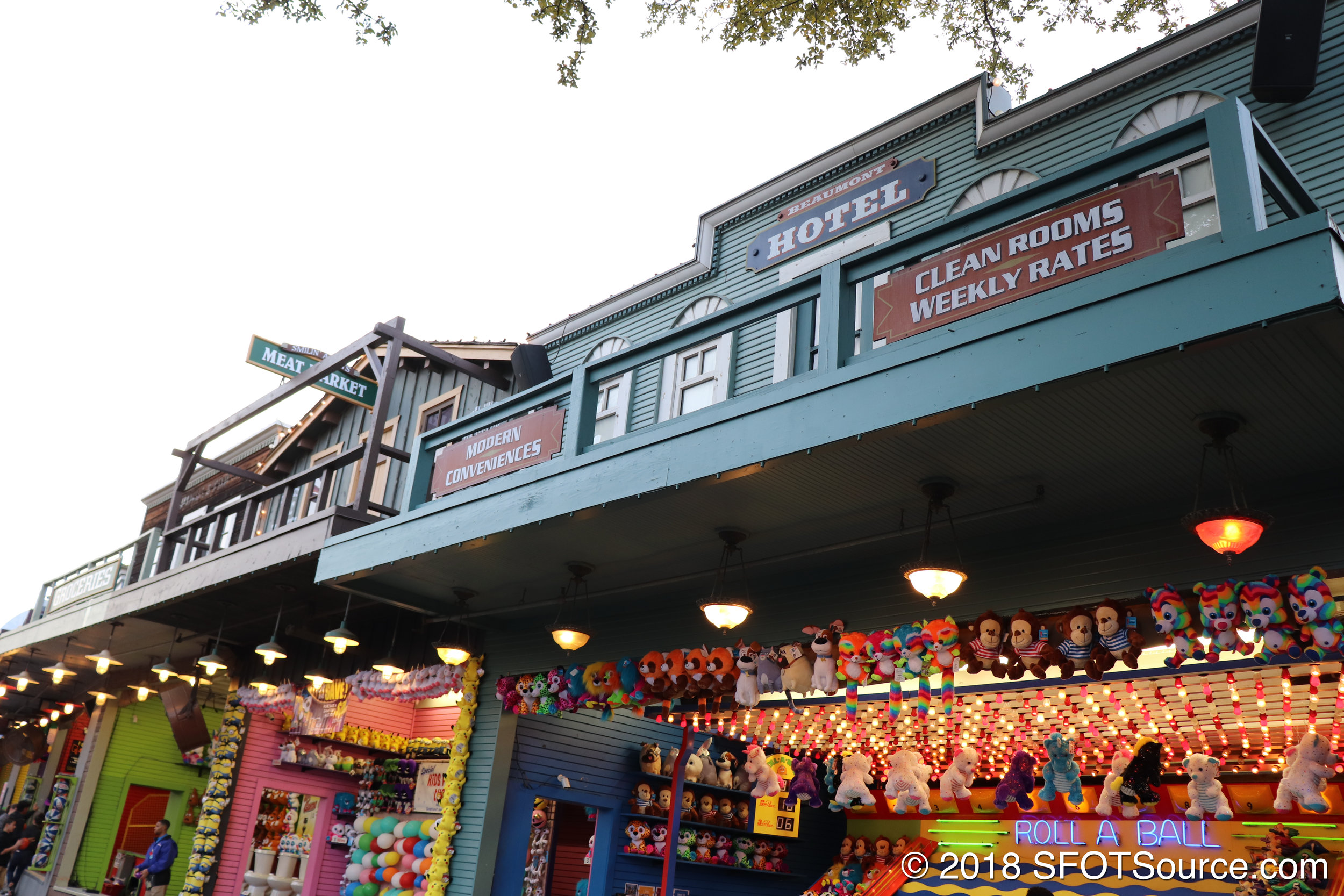 Another look at the theming above the games midway.