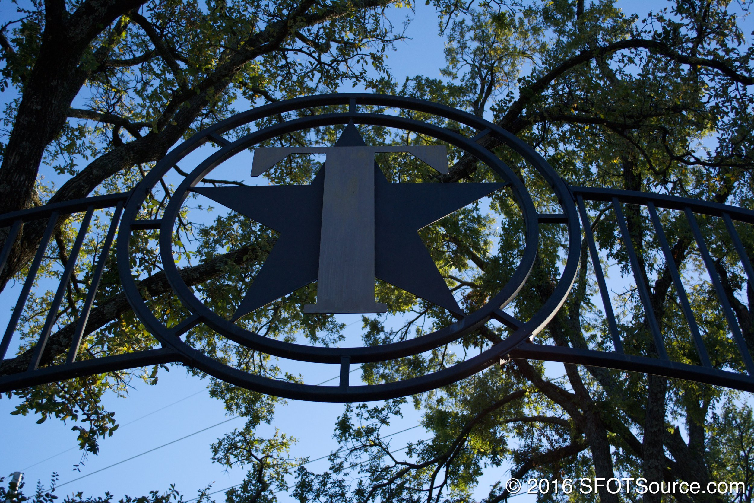 An archway sign leading you to Titan.