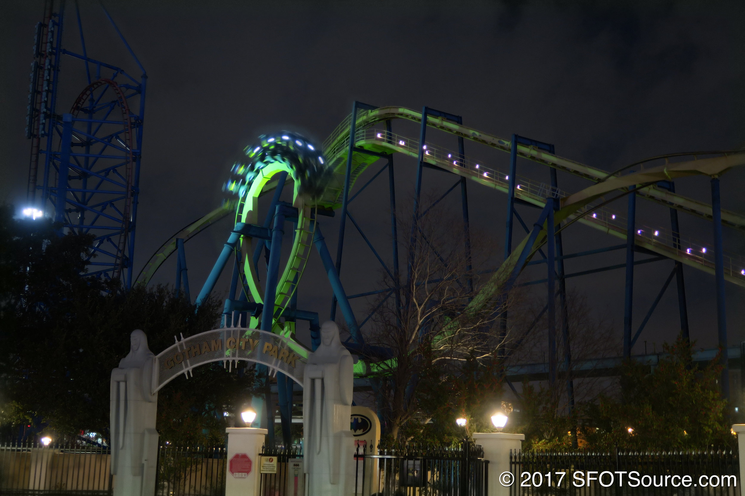 An evening look at Batman: The Ride.