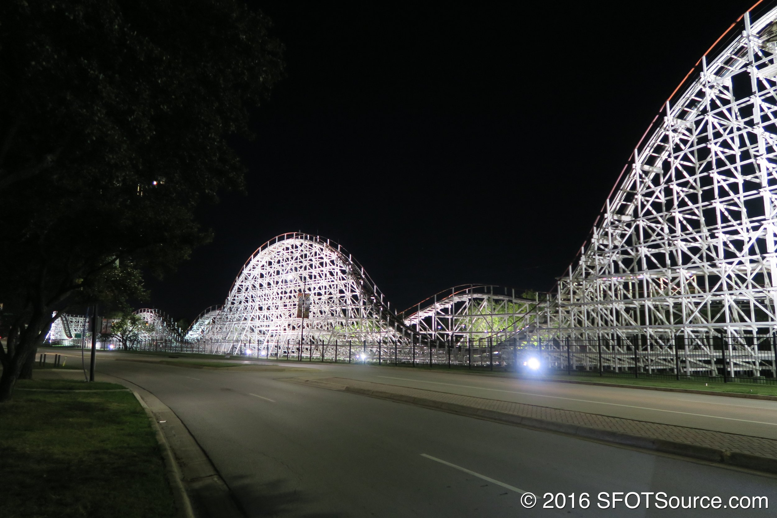 Another shot of Judge Roy Scream at night.