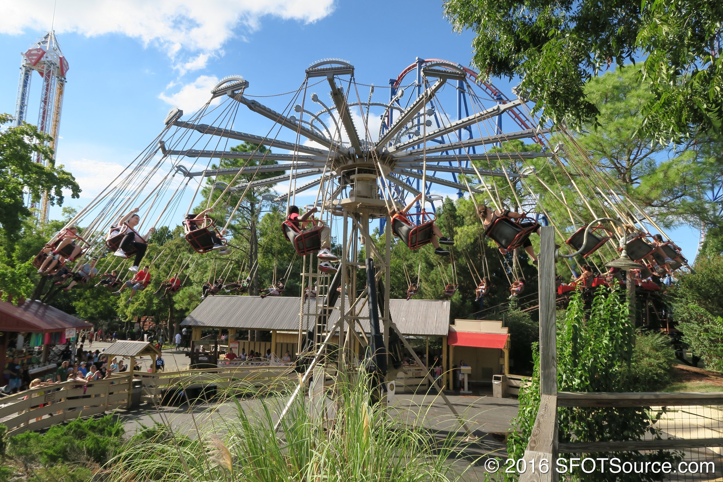 Gunslinger is a spinning swing attraction.