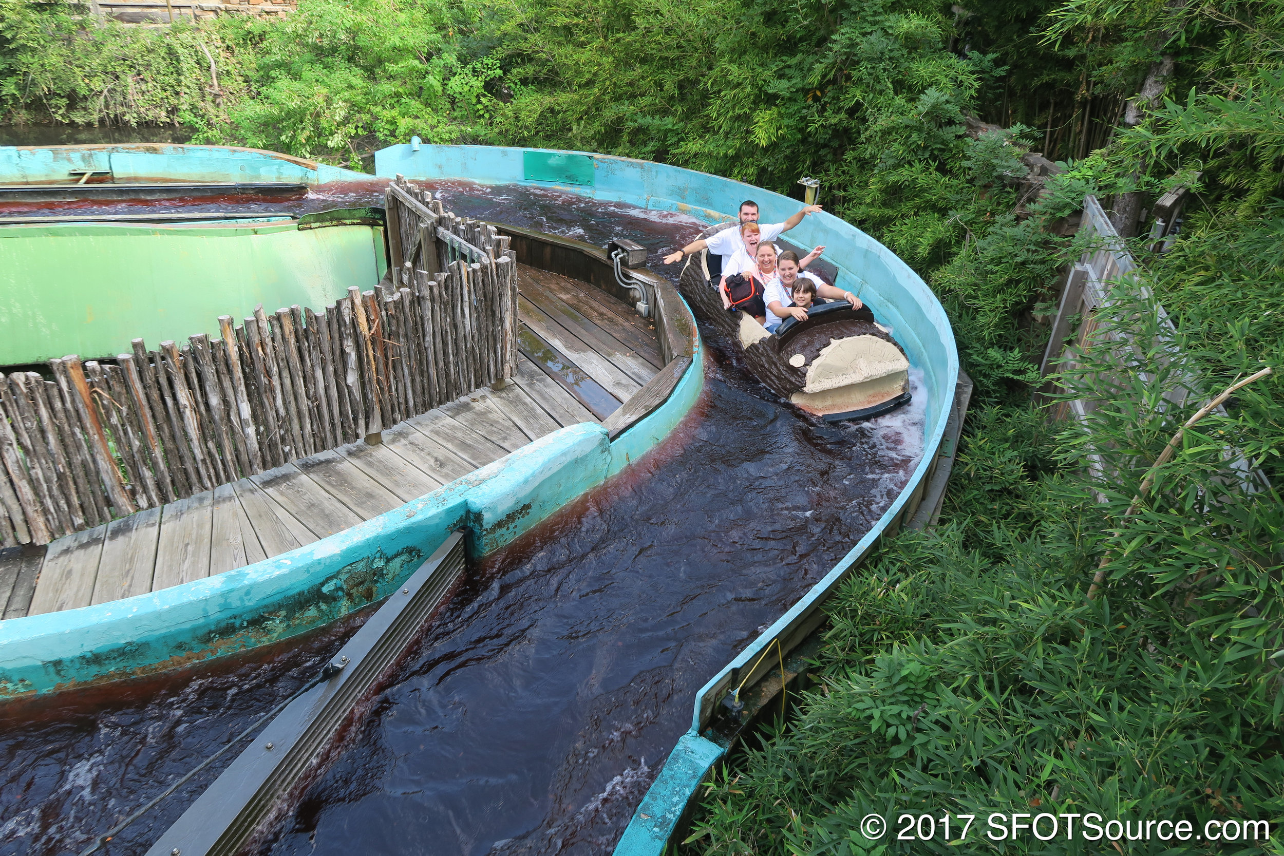 A log for Flume 1 returns to the station.