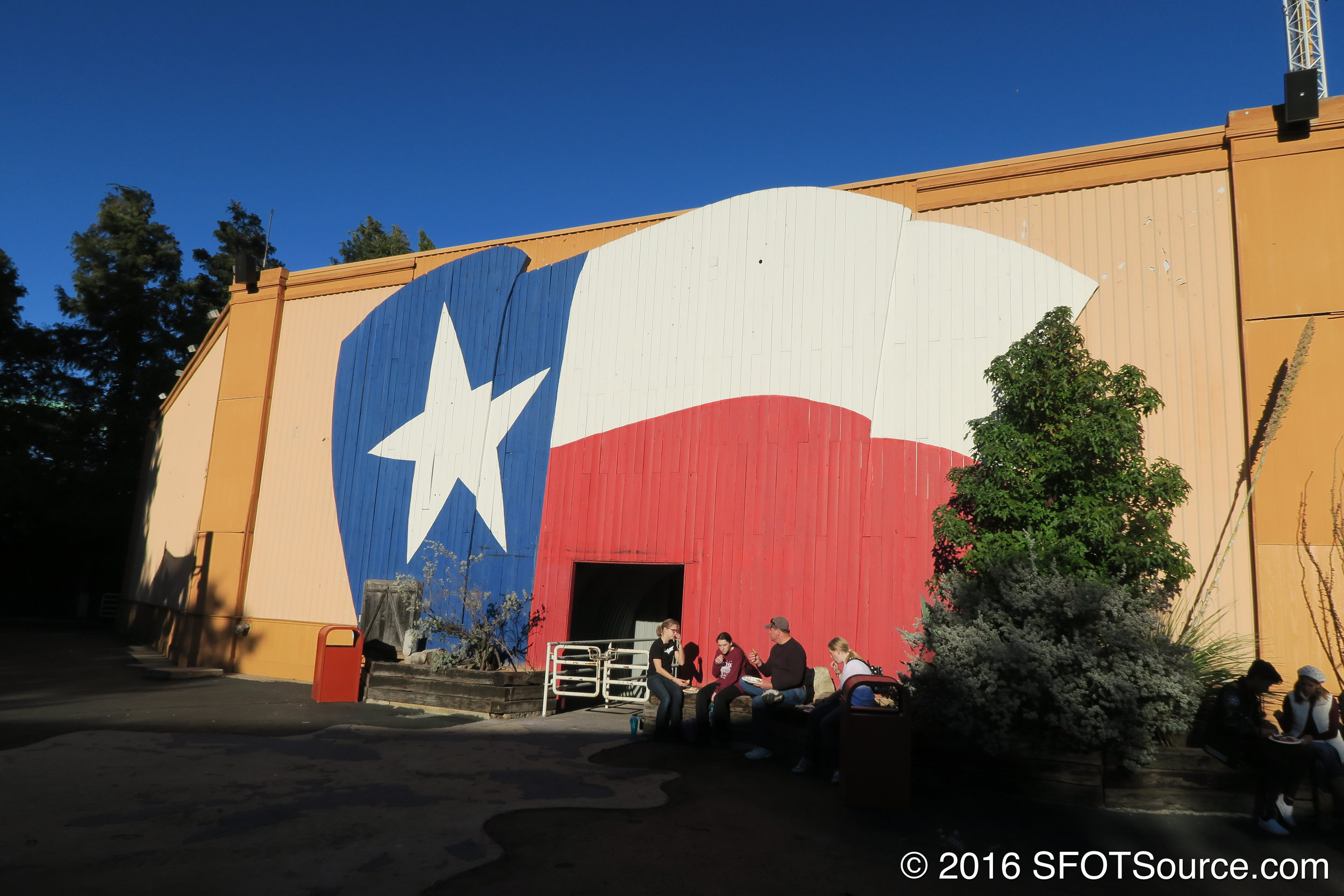 Texas Arena is an outdoor amphitheater.