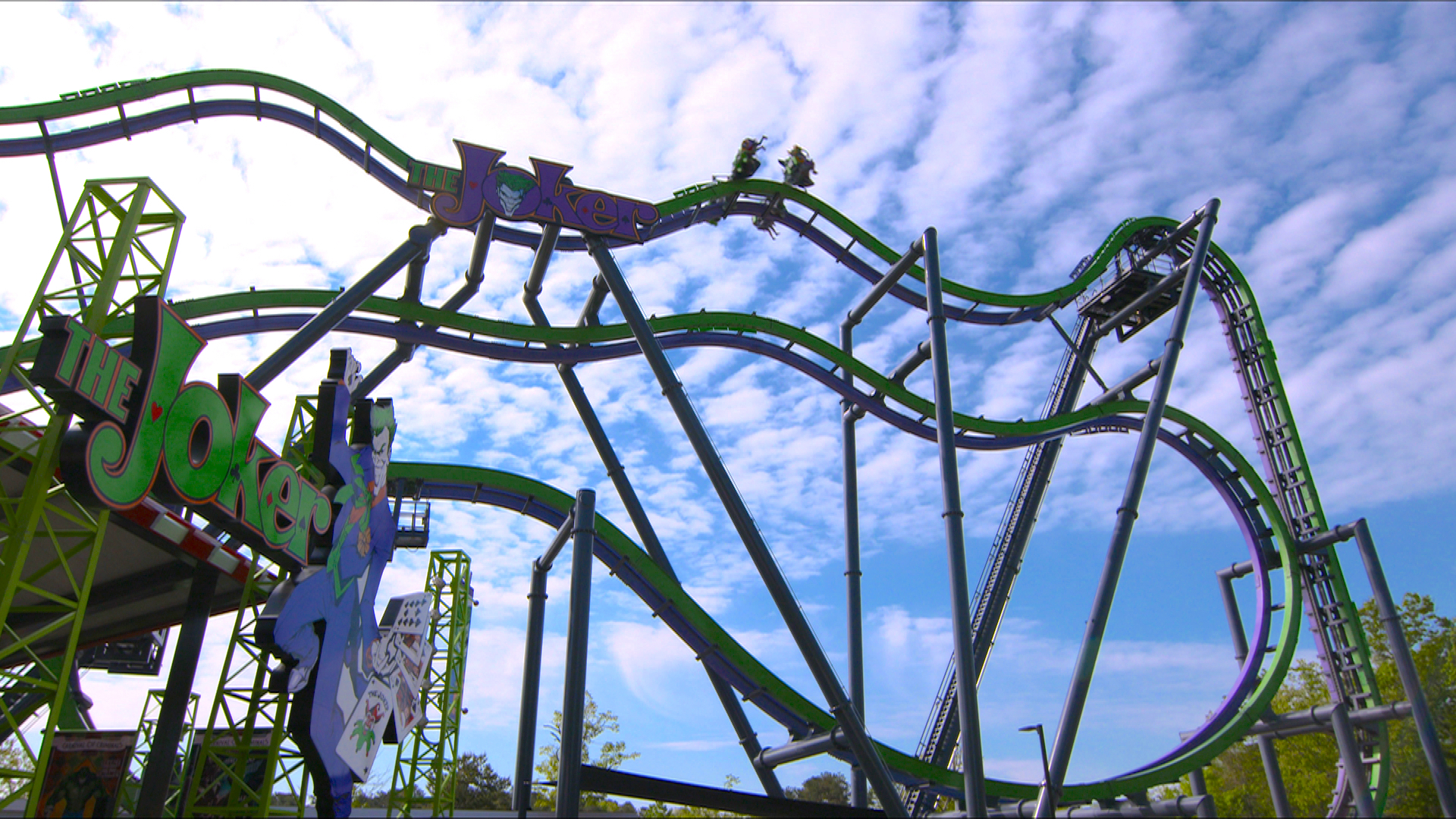The Joker is coming to Six Flags Over Texas in 2017.