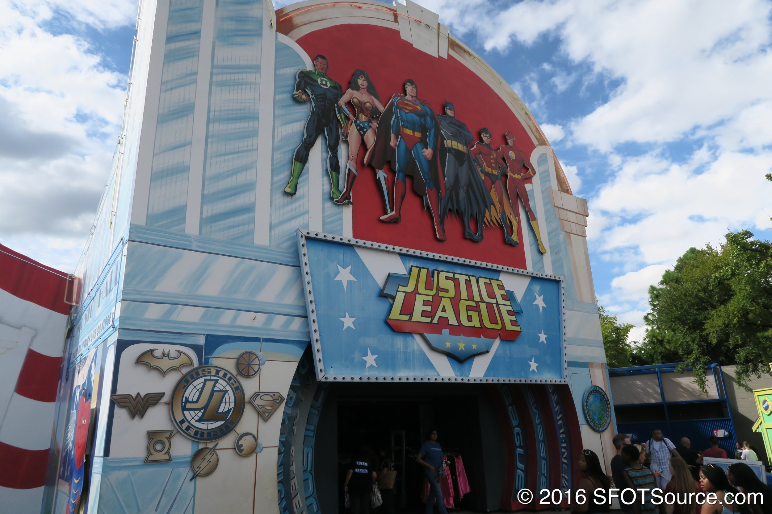 Part of Looney Tunes mall is full of Justice League merchandise.