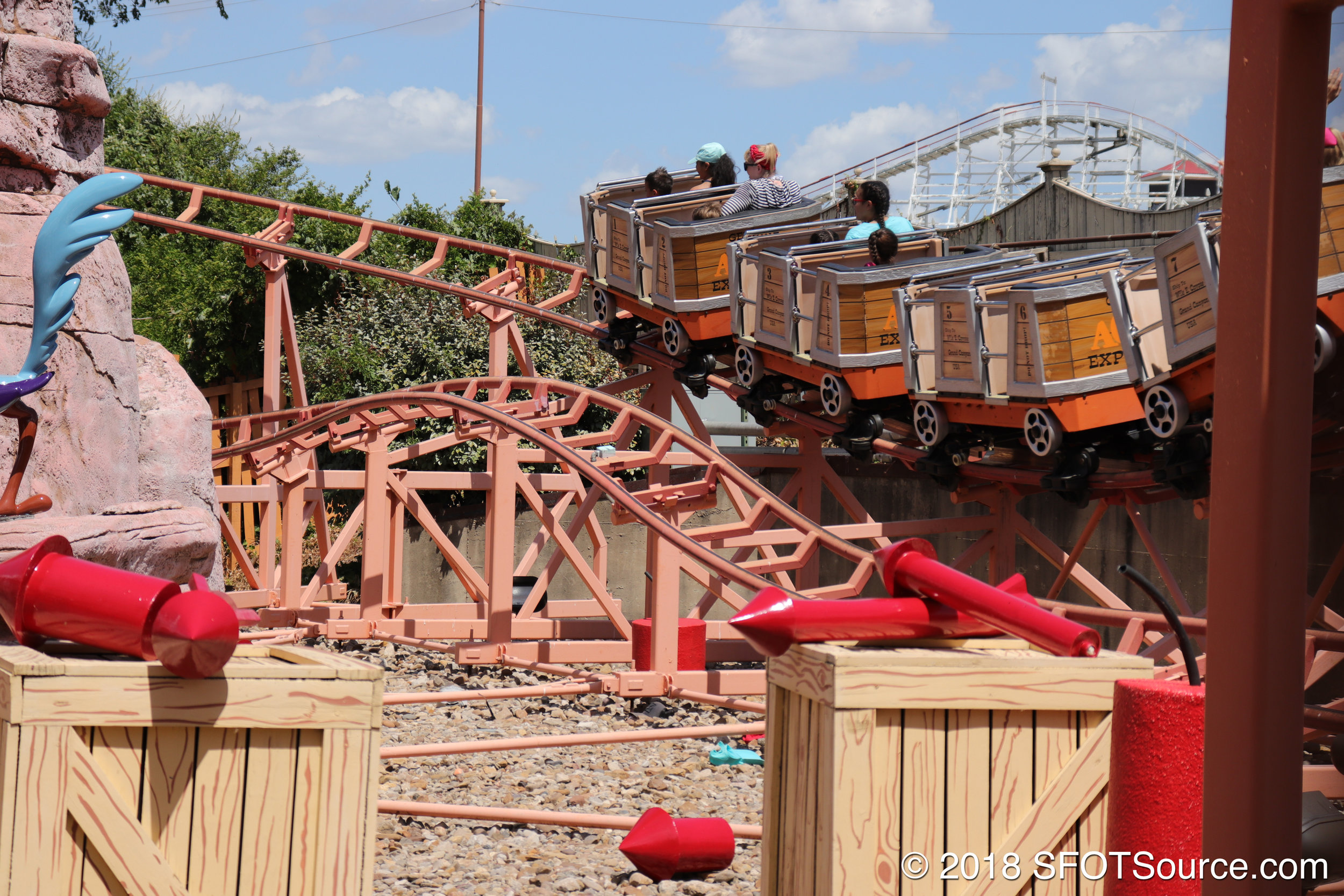 Grand Canyon Blaster is geared towards younger guests.