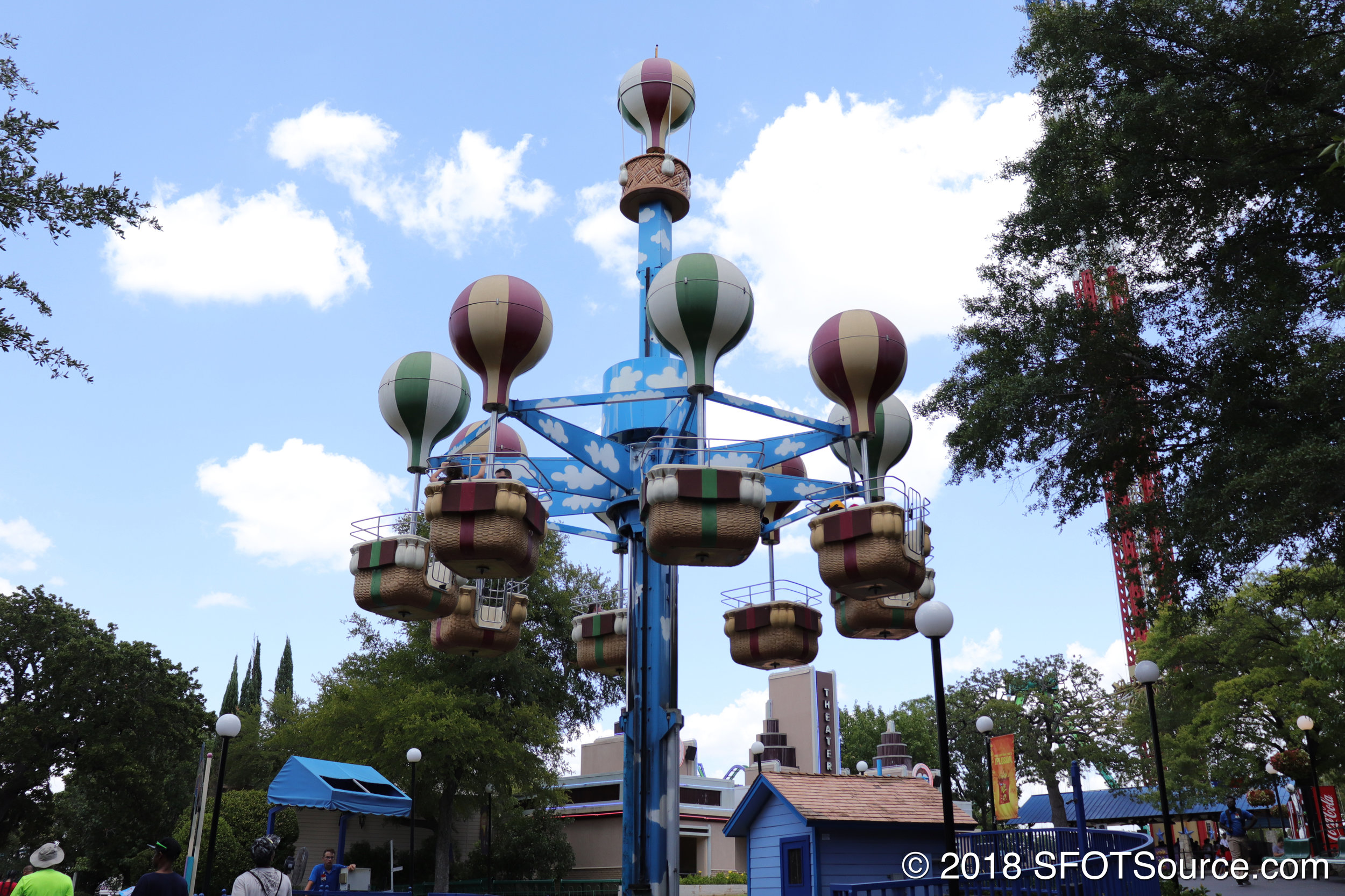 Cloud Bouncer is located near Majestic Theatre.