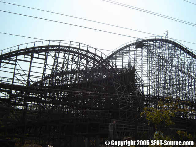 Another look at the ride's first drop.