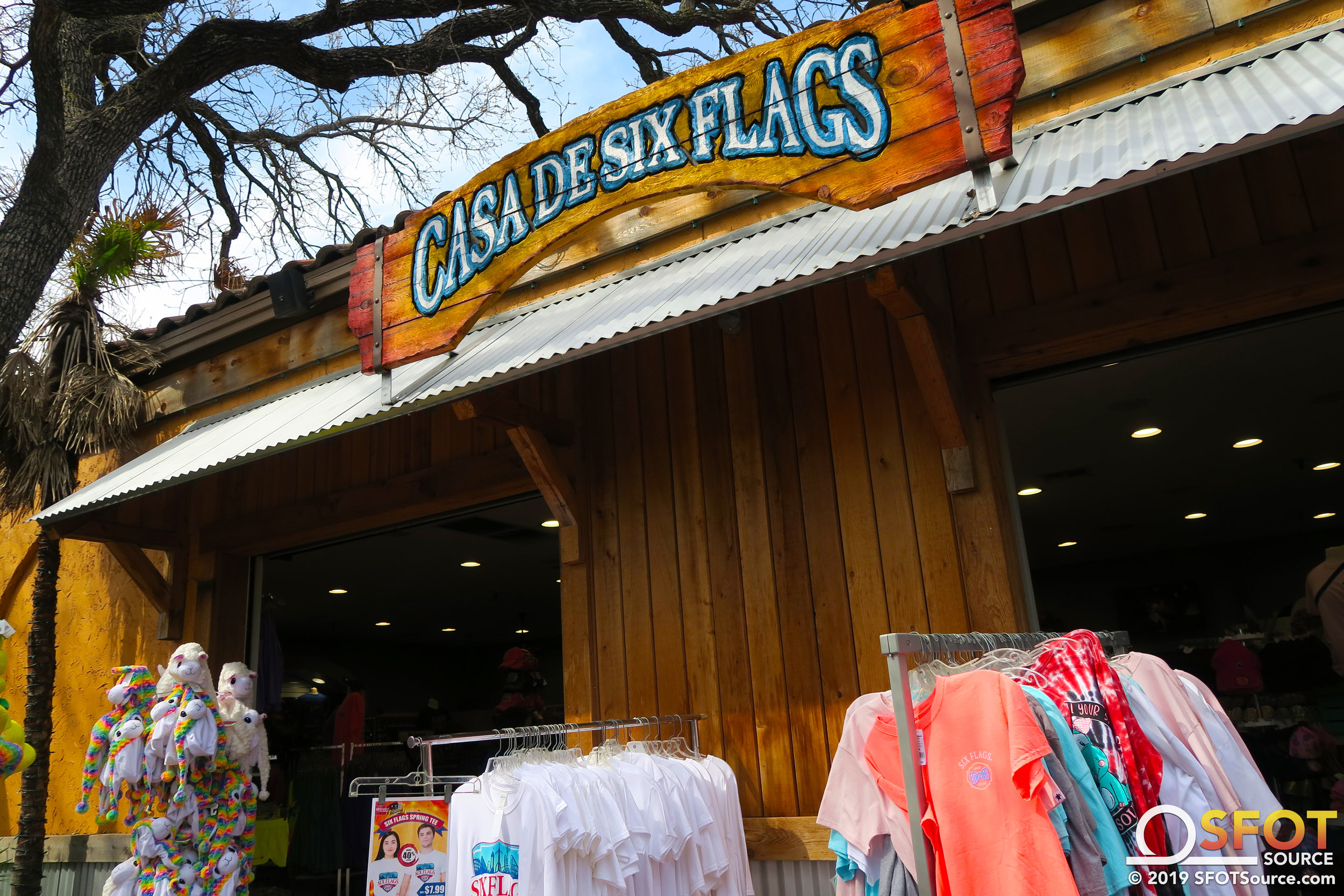 Casa de Six Flags features a wide selection of apparel and souvenirs.