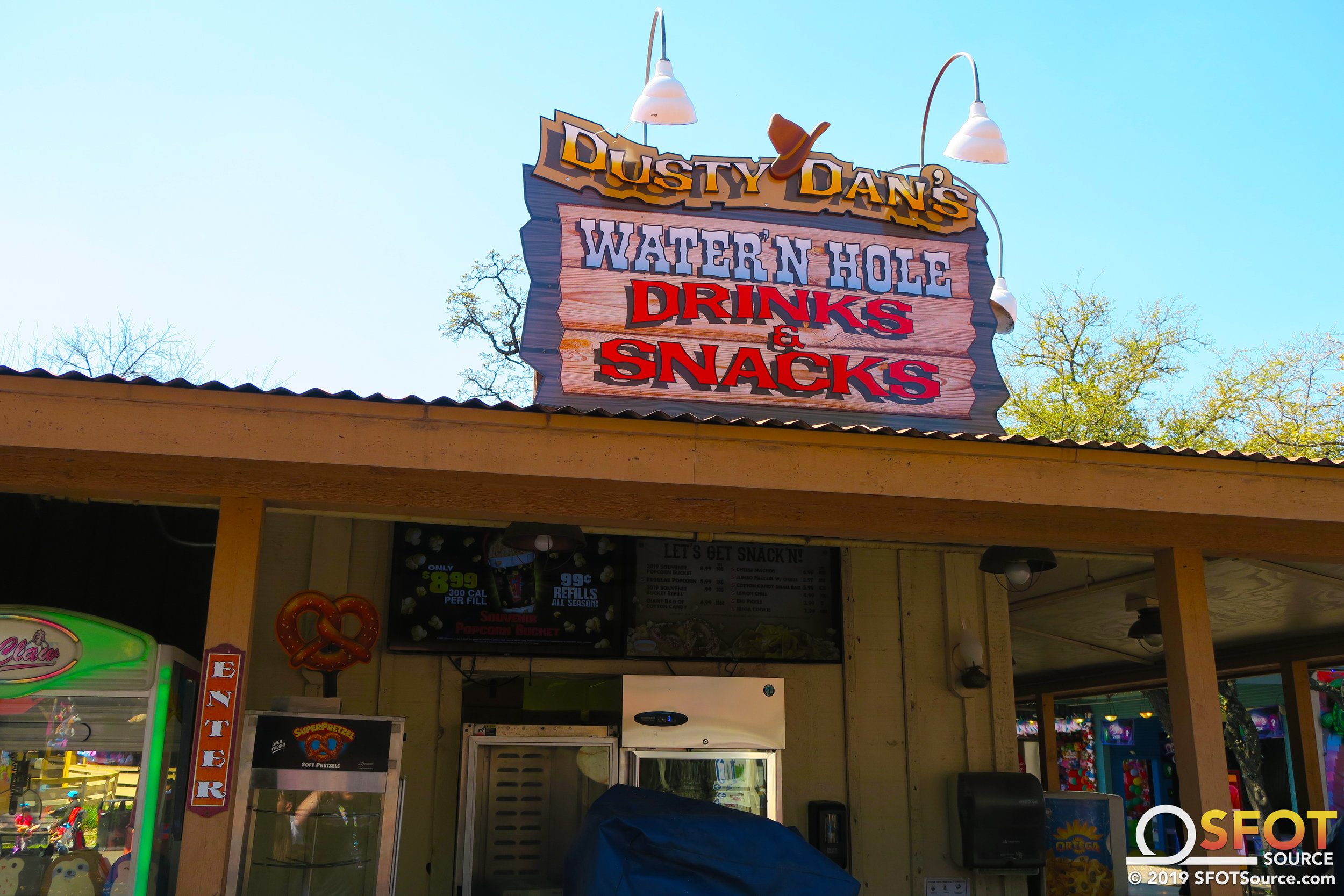 Dusty Dan's features many Dining Pass snack options.