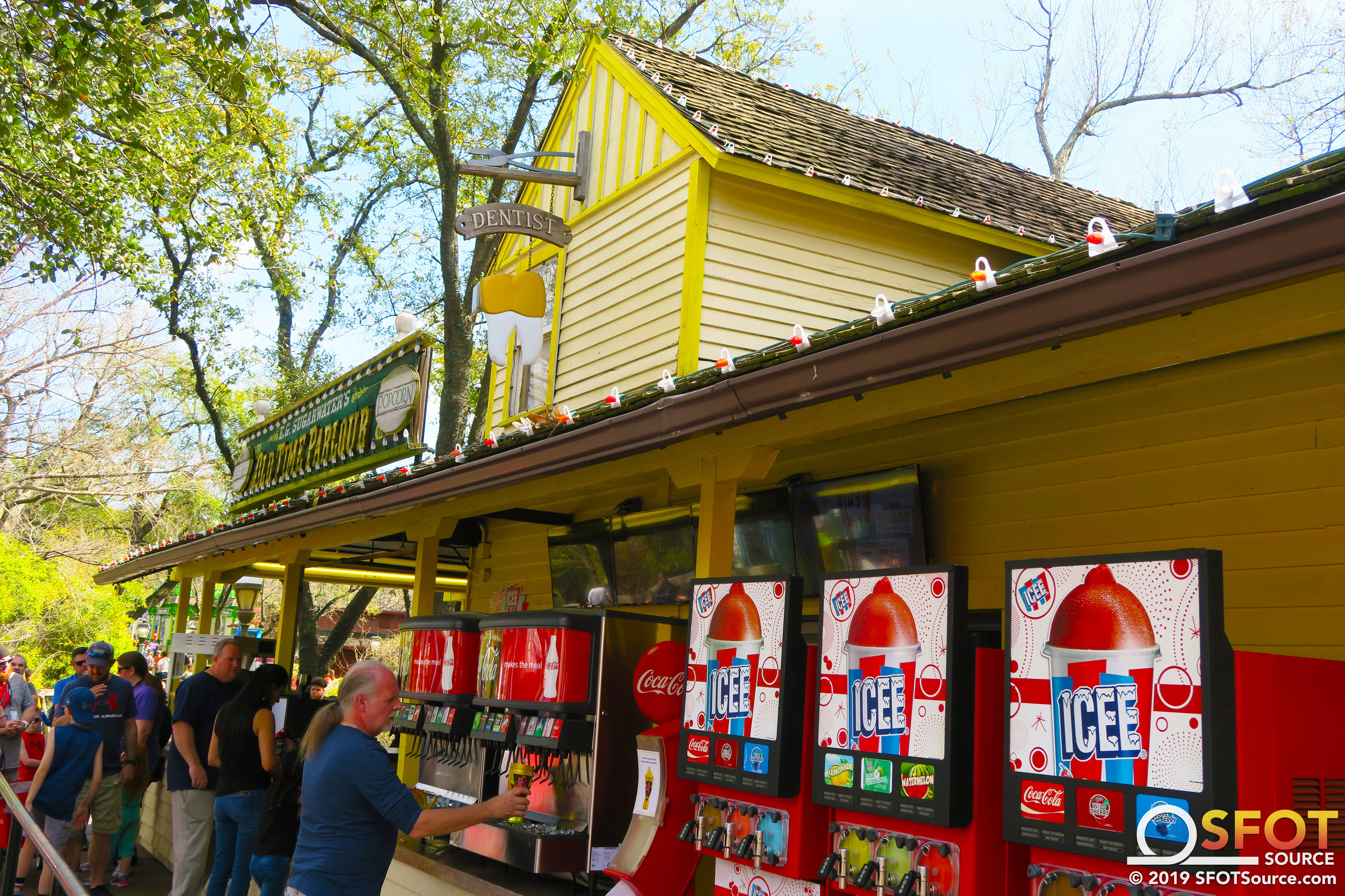E.G. Sugarwater's allows guests to refill their own season drink bottles.