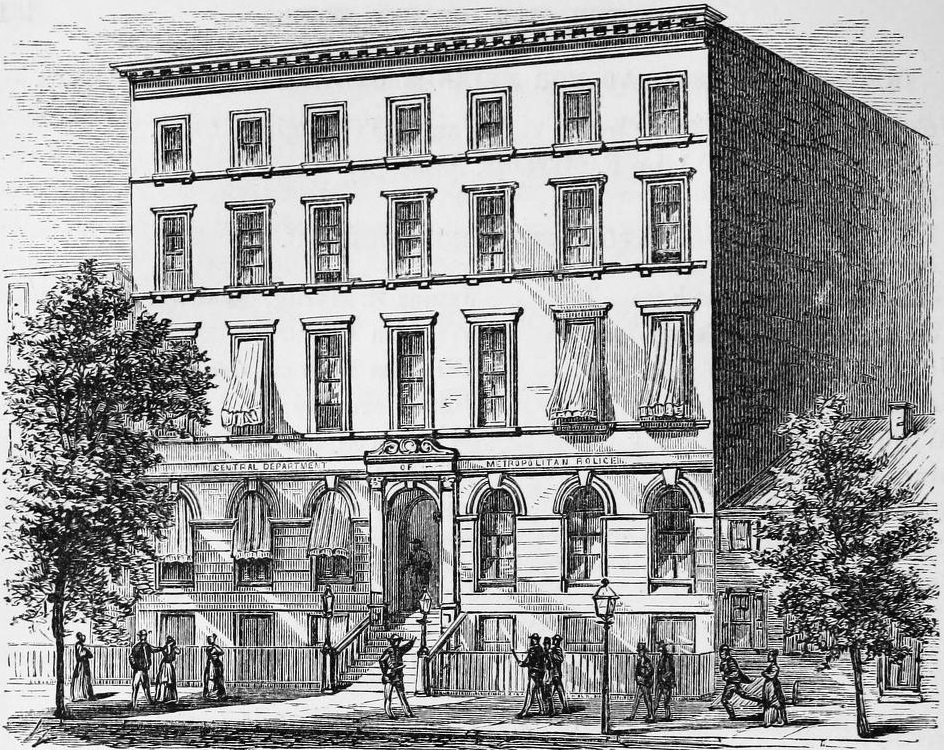 Police_Headquarters,_300_Mulberry_Street,_New_York_City-1.jpg