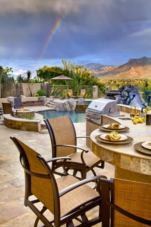 best outdoor kitchen.jpg