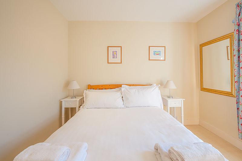 SR fourth bedroom 3.jpg