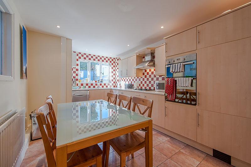 SR Kitchen .jpg