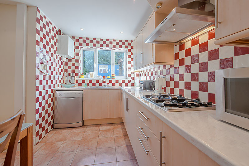 SR Kitchen2.jpg