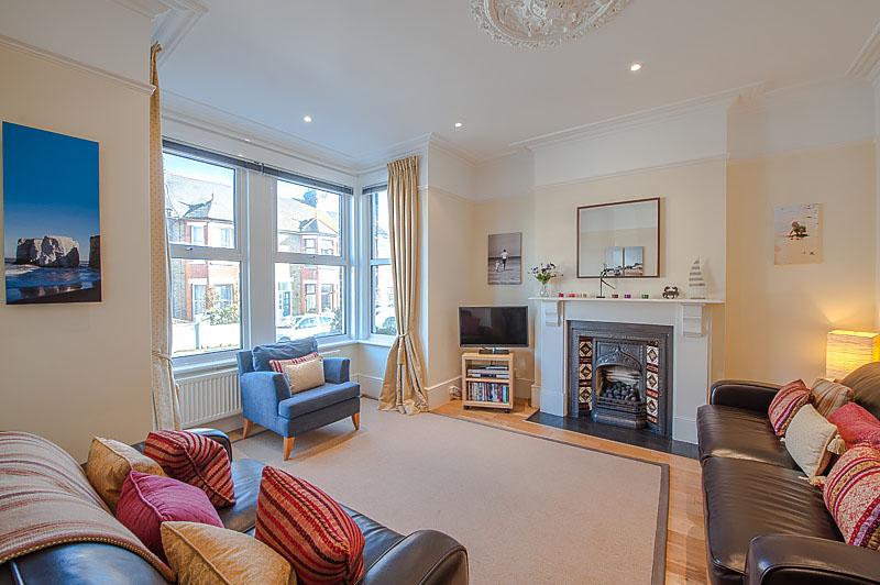 SR Living area 1.jpg