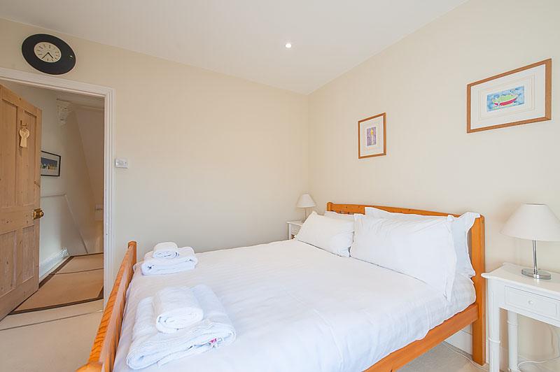 SR Second bedroom 1.jpg