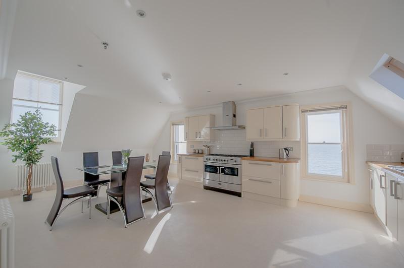 UD Kitchen 2.jpg