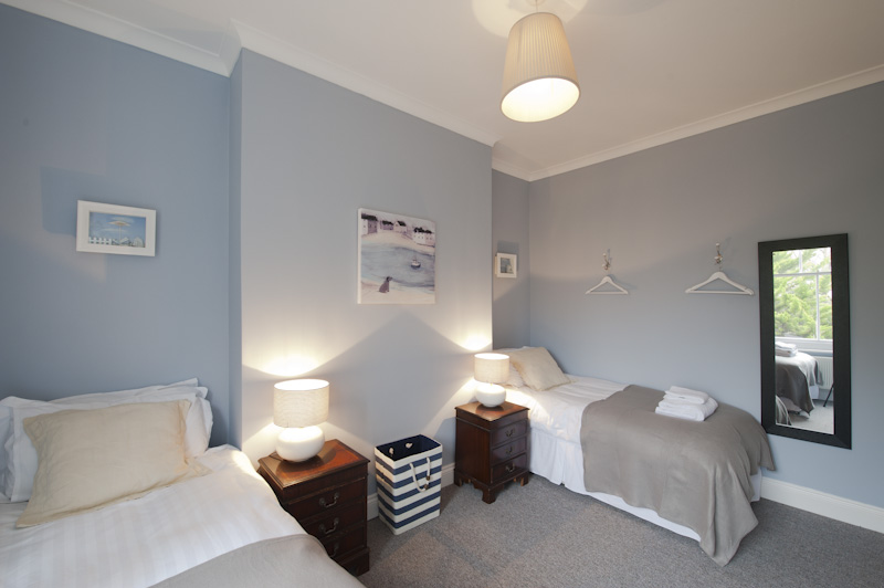 Bedroom as twin 1.jpg